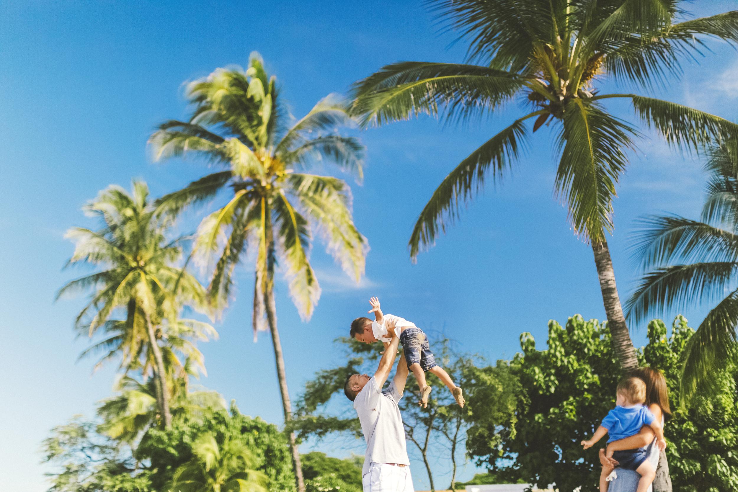AngieDiaz|beachfamilysession081copy.jpg