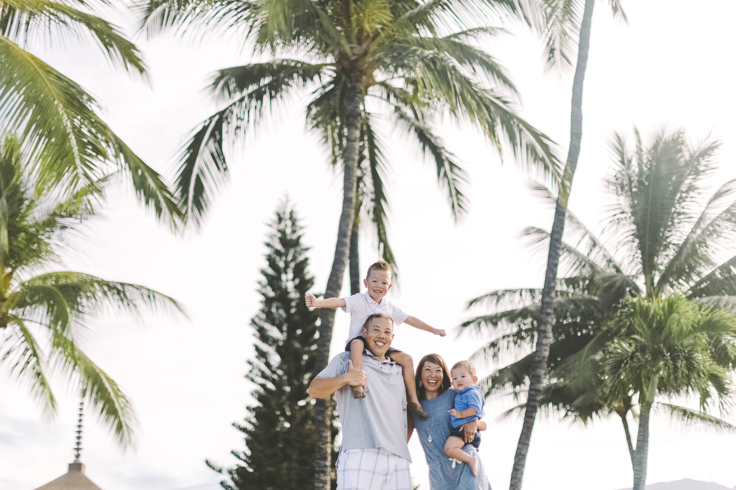 AngieDiaz|beachfamilysession080copy.jpg