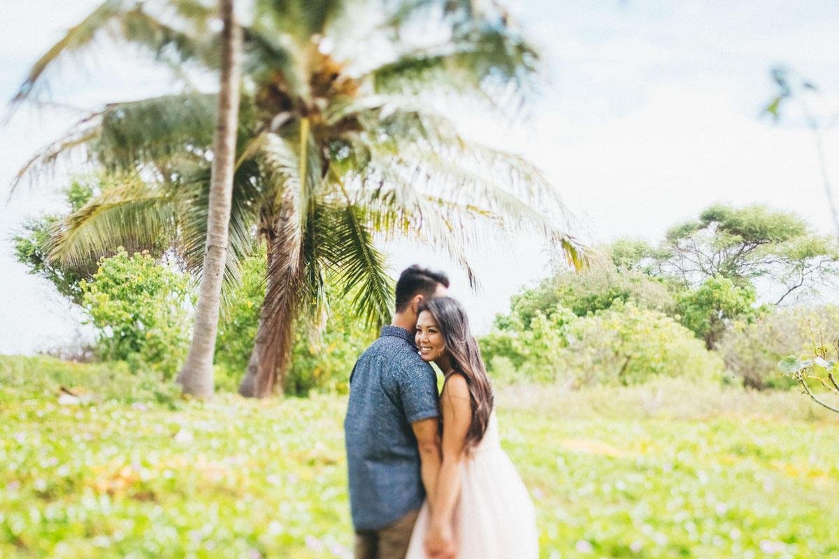 Maui engagement beach session hawaii photographer