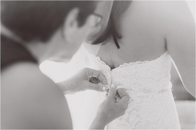 angie-diaz-photography-maui-wedding-ironwoods-beach_0013.jpg