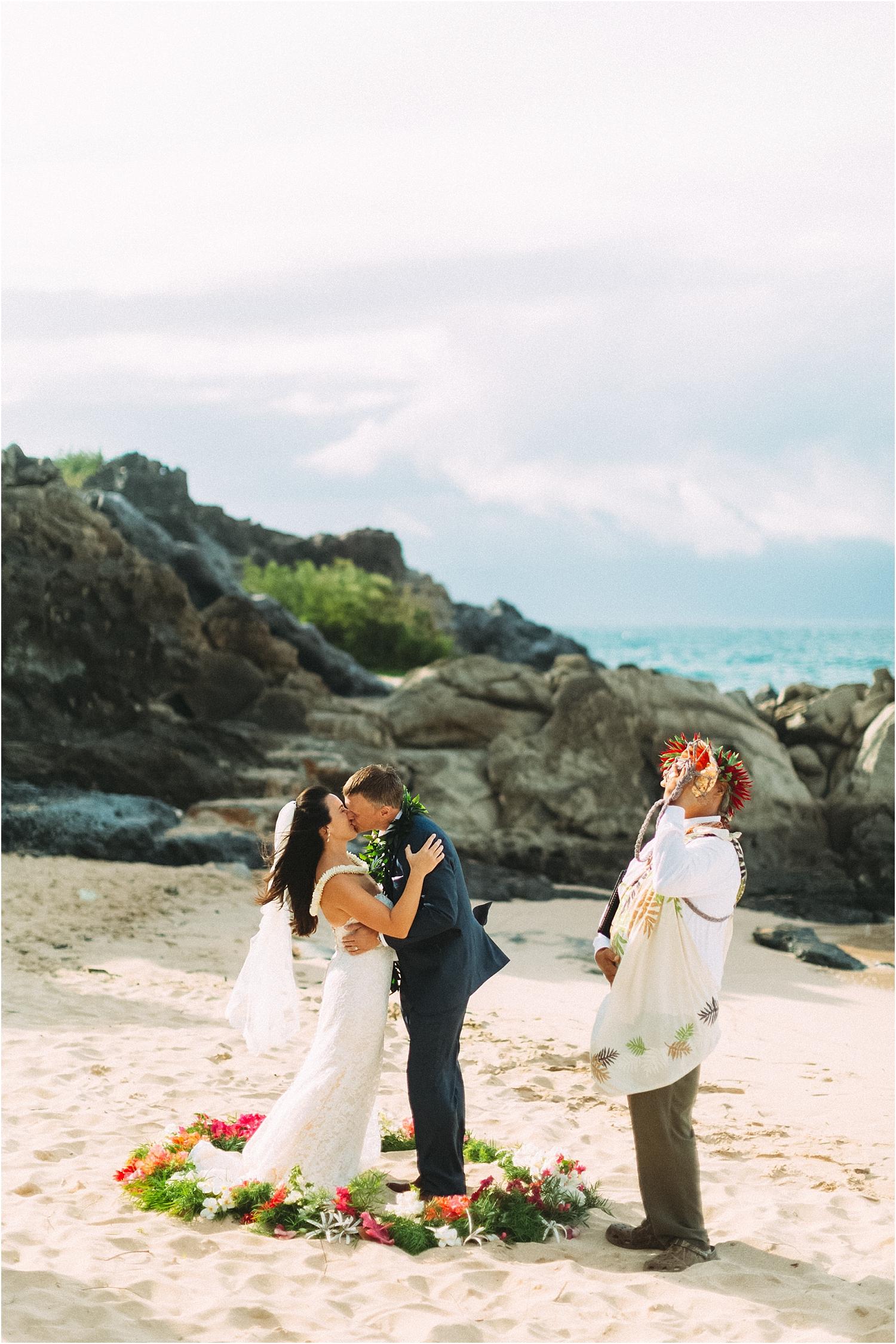 angie-diaz-photography-maui-wedding-ironwoods-beach_0028.jpg