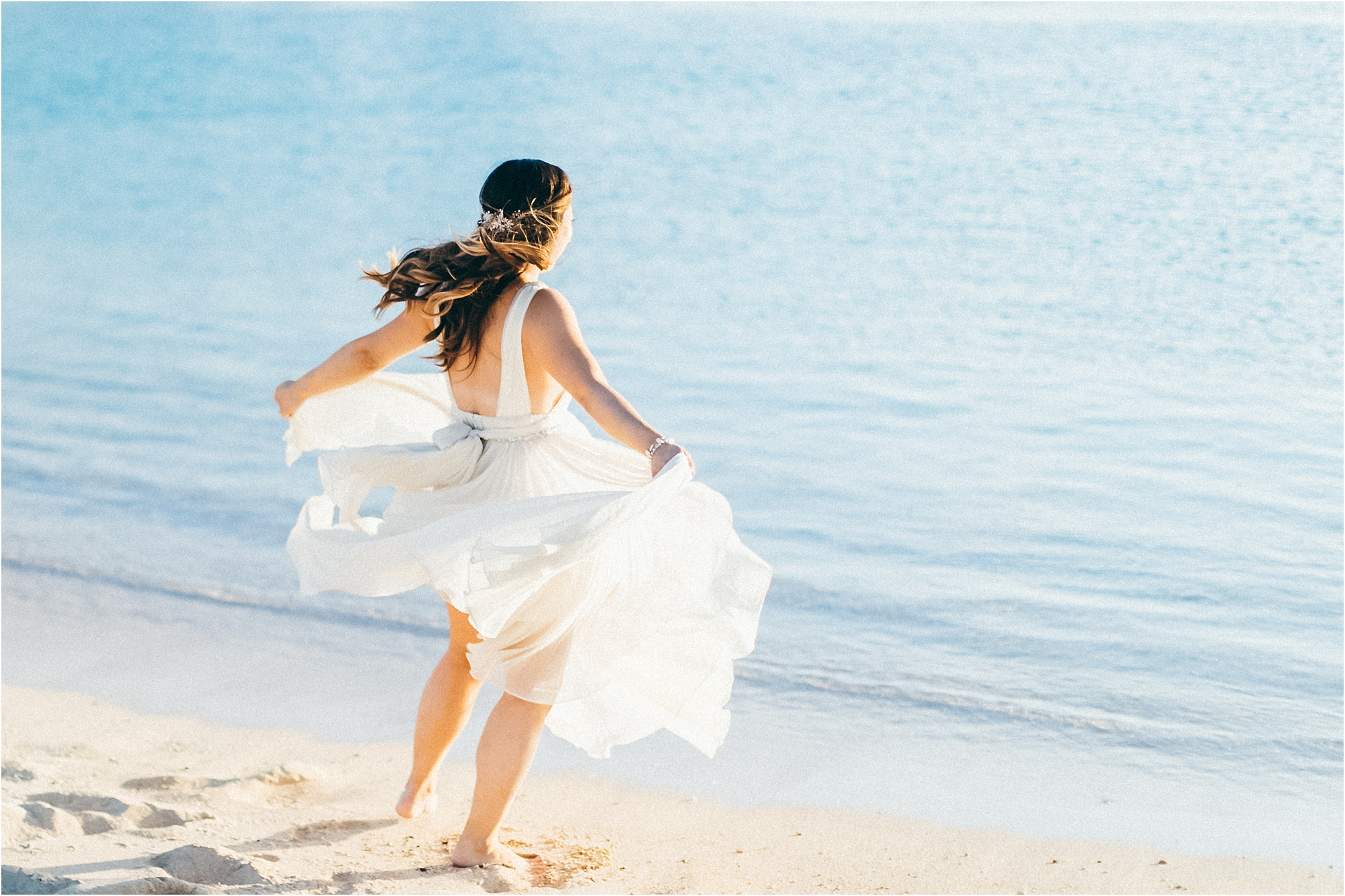 Day after wedding couples session in Oahu, Hawaii