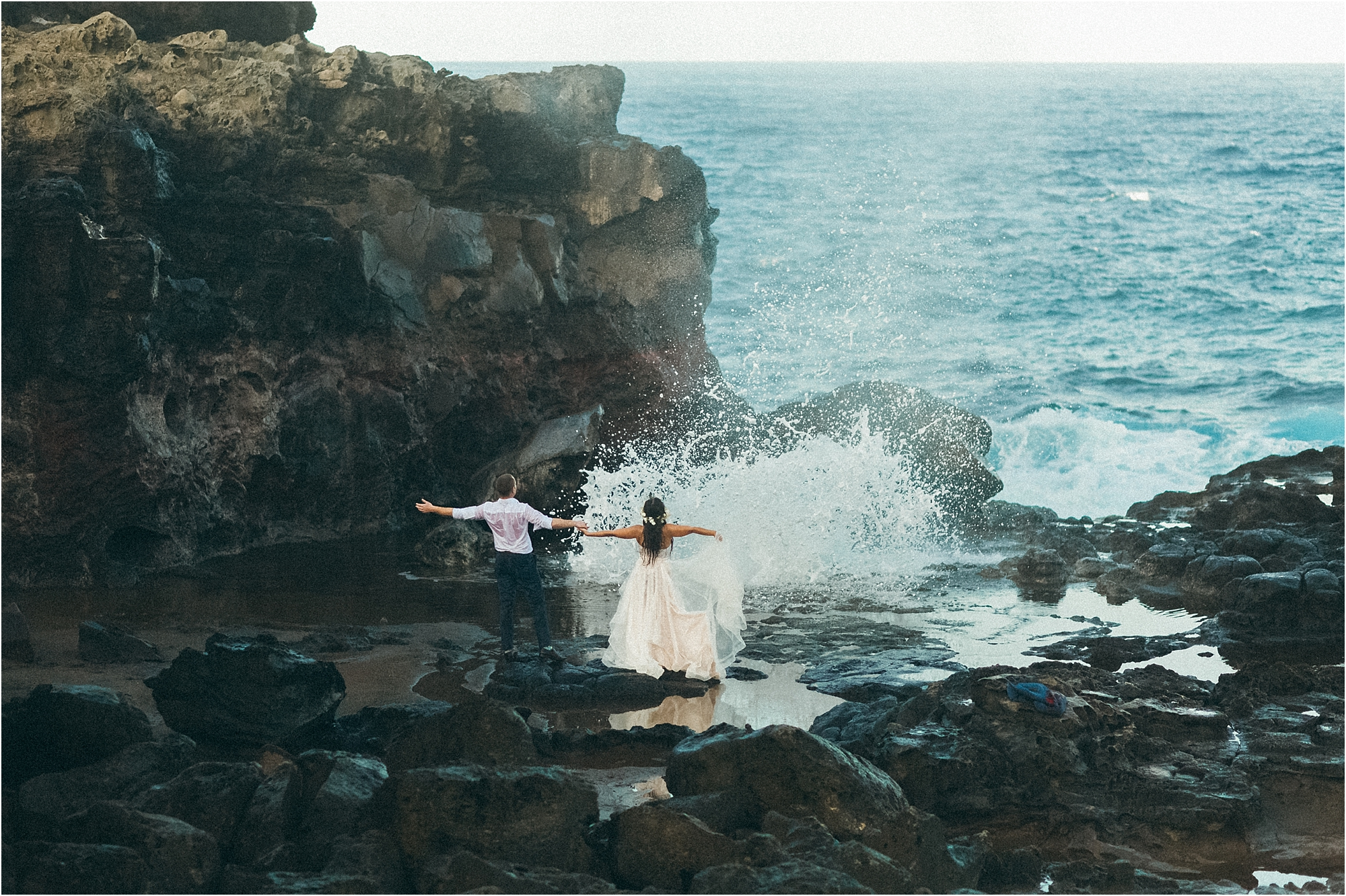 angie-diaz-photography-maui-wedding-nakalele-blowhole_0029.jpg
