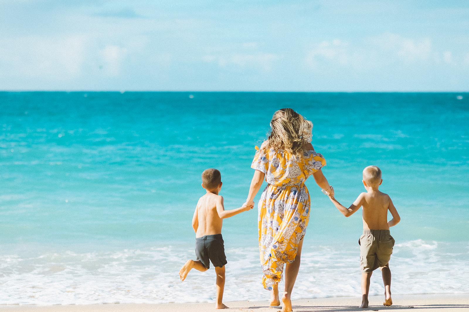 Maui Family session at Kanaha beach kahului