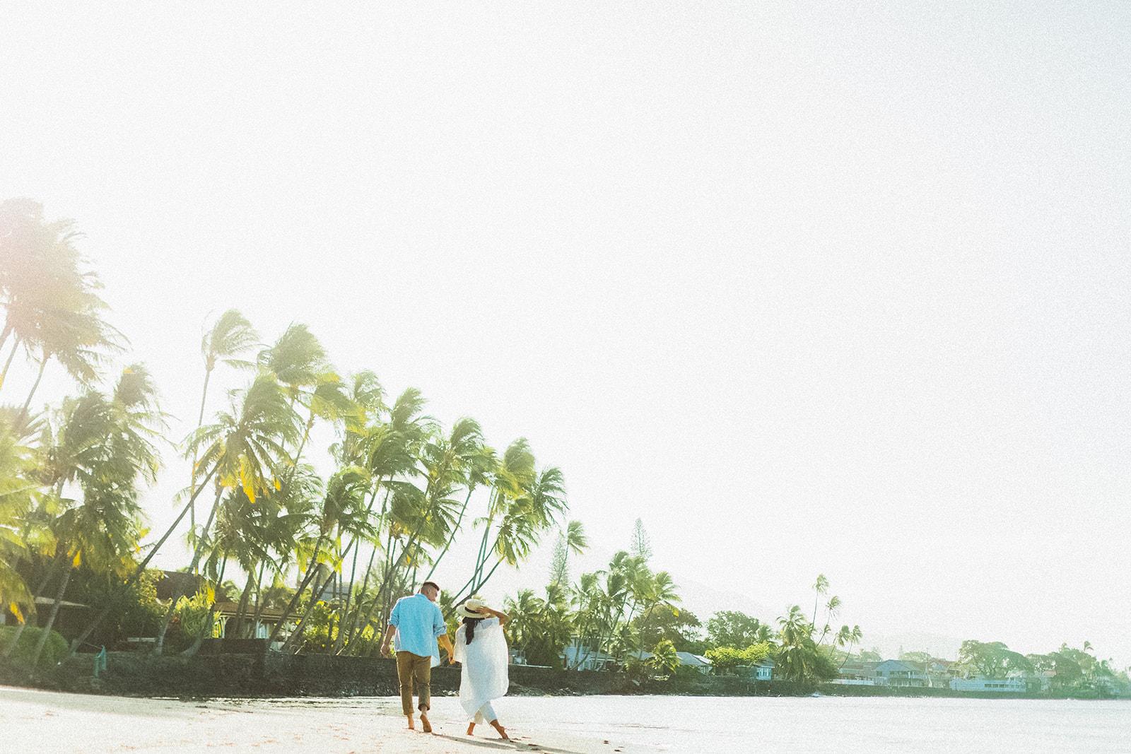 maui beach engagement session305.jpg