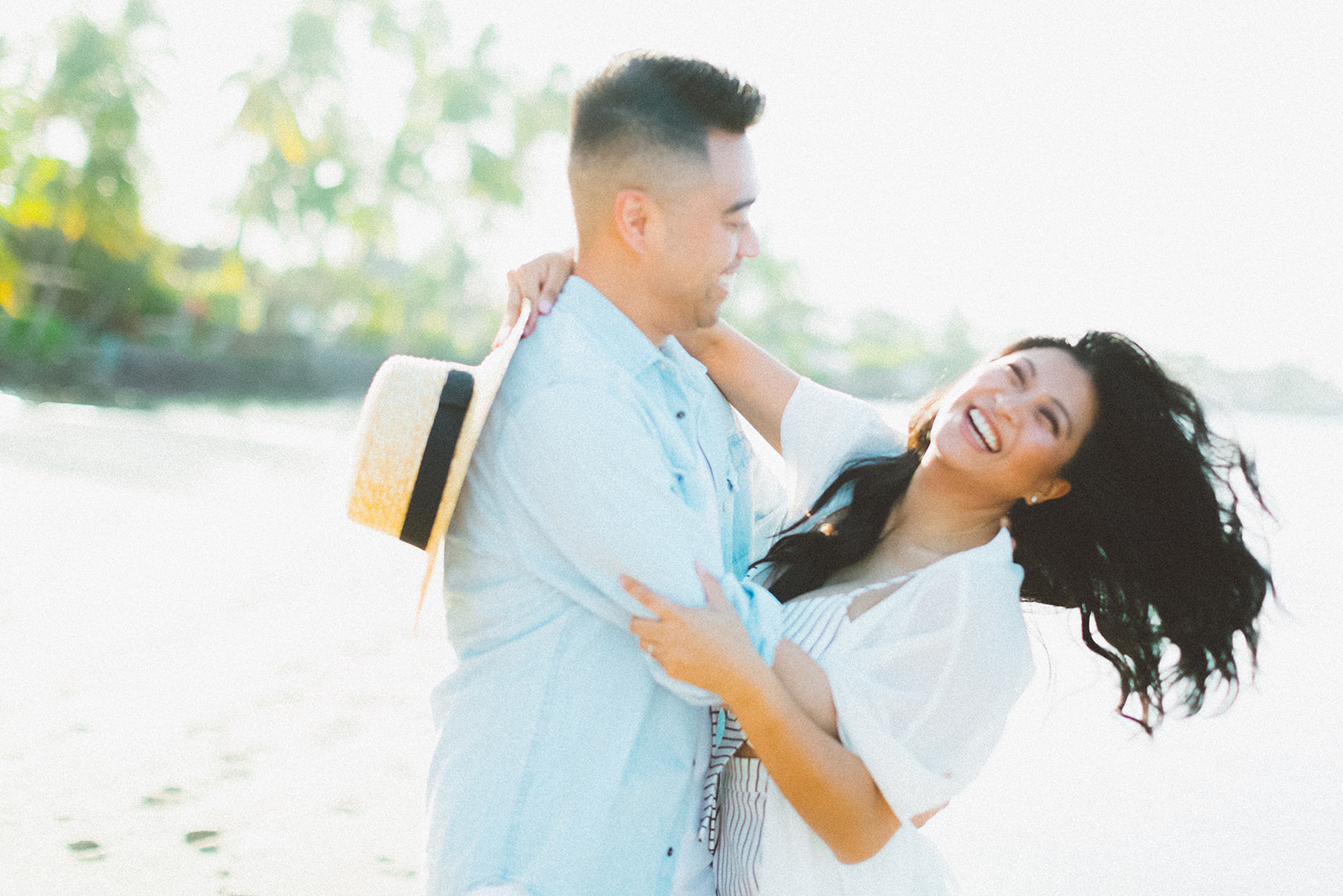 maui beach engagement session330.jpg