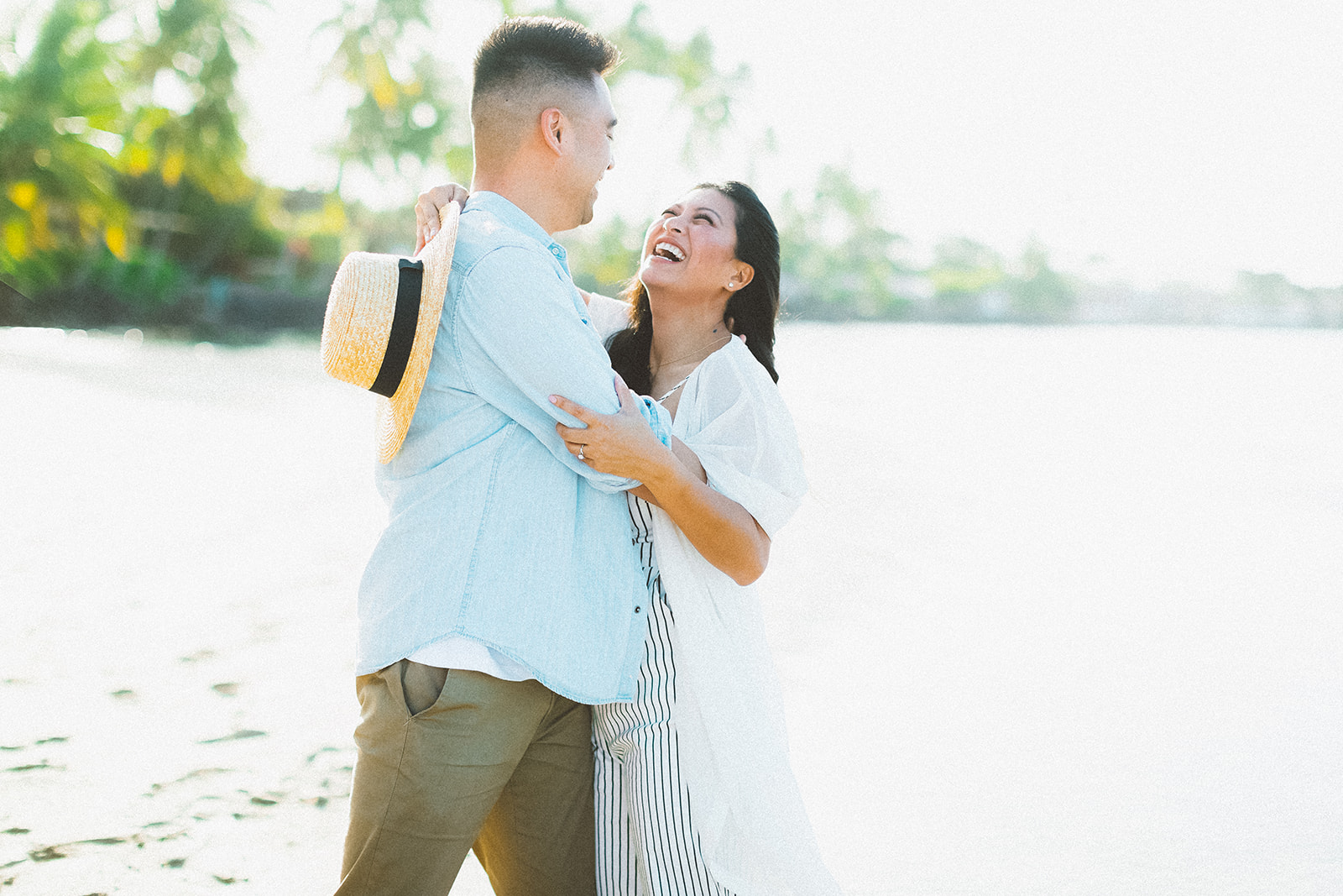 maui beach engagement session335.jpg