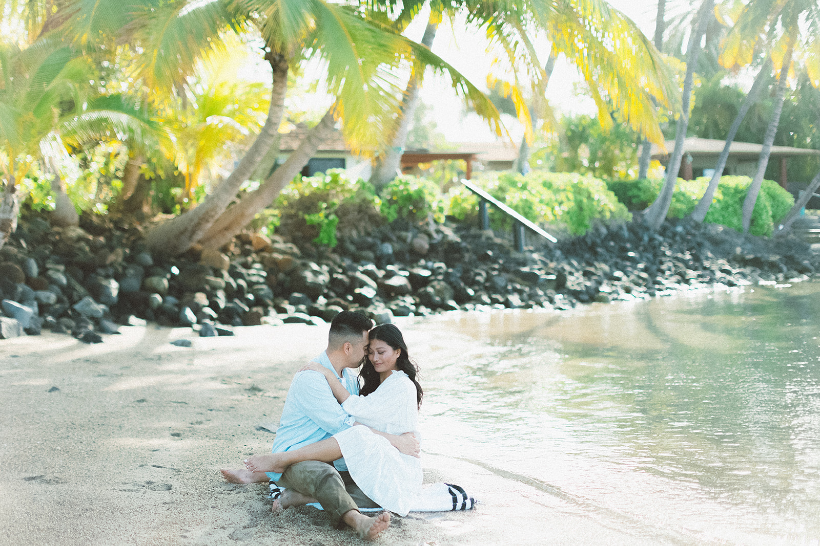 maui beach engagement session381.jpg
