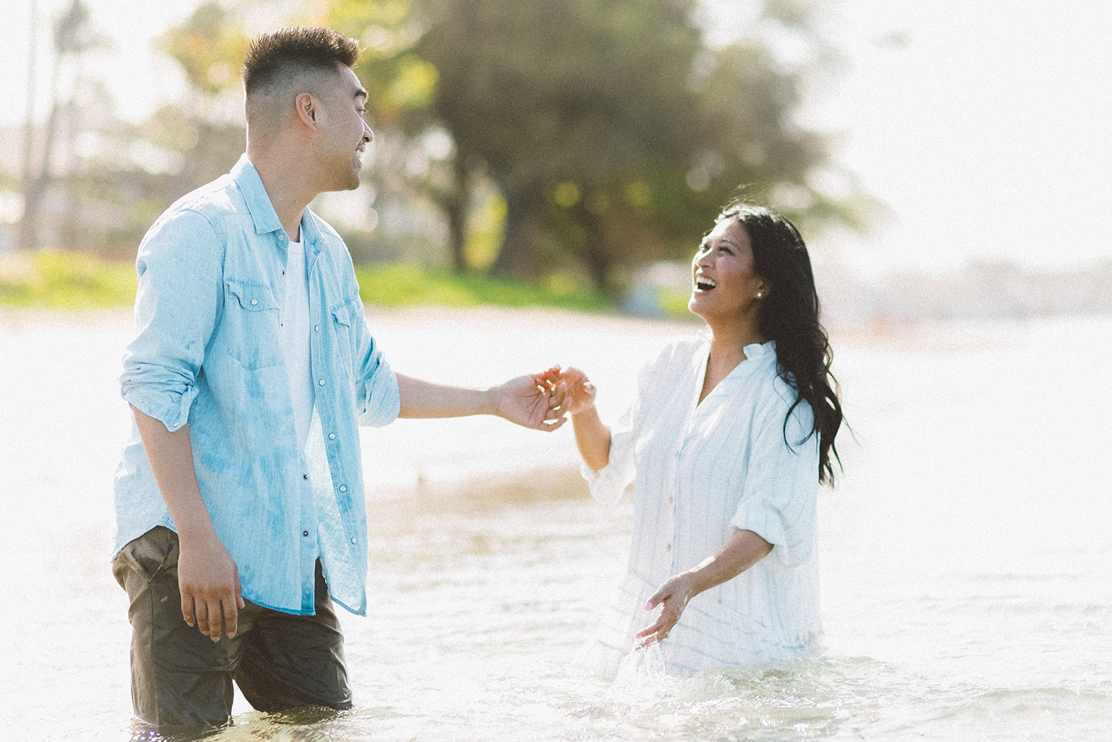 maui beach engagement session414.jpg