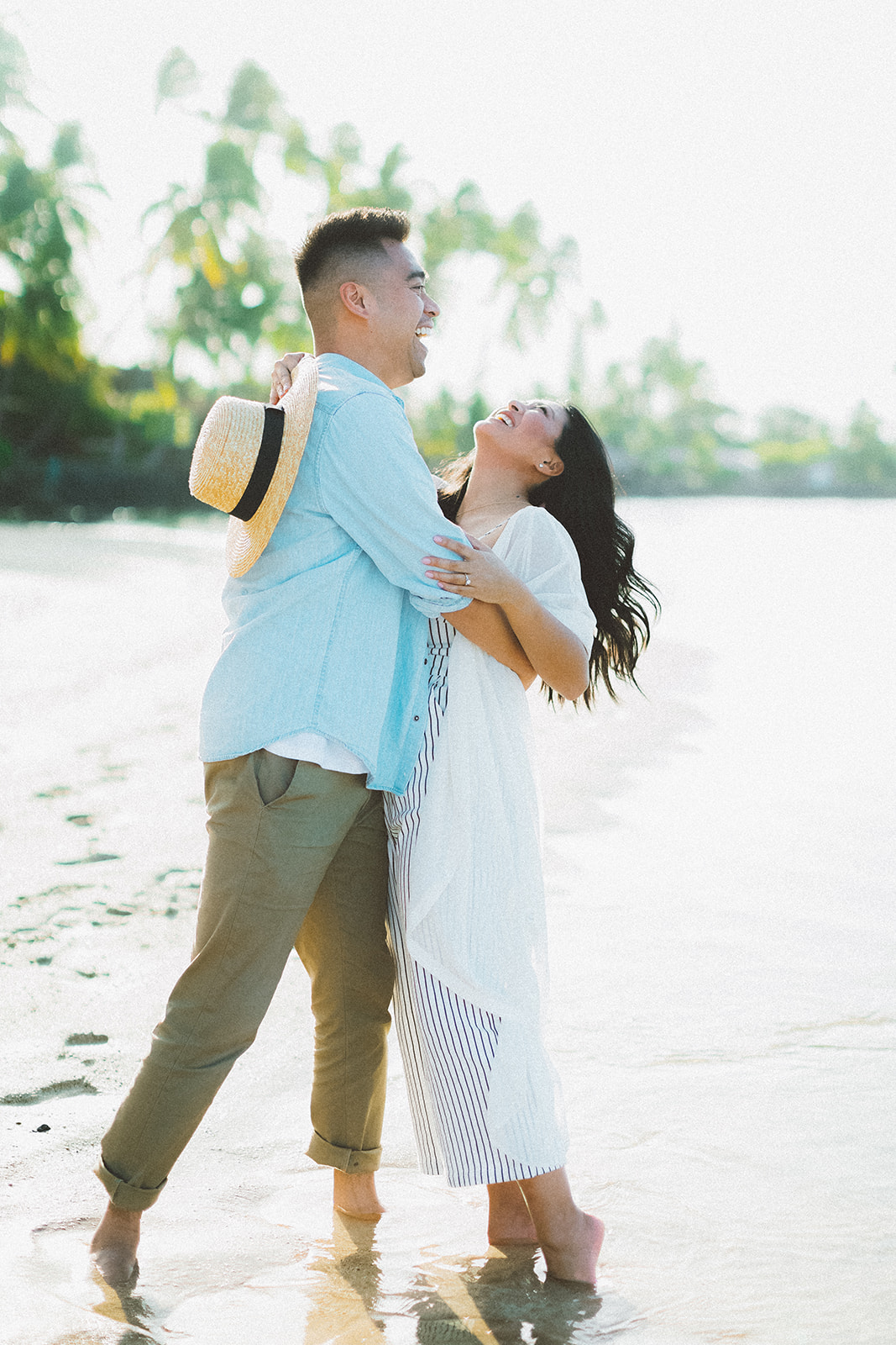 maui beach engagement session342.jpg