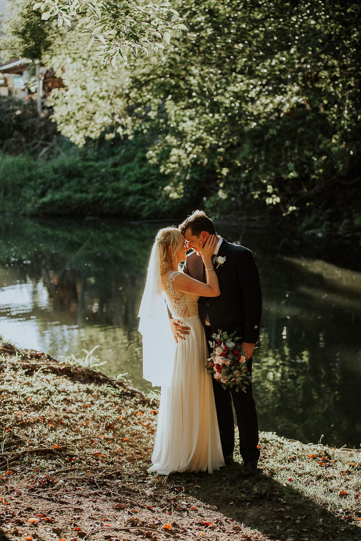 Gold_Coast_Hinterland_Barn_Wedding_Boomerang_Farm_Creek_True_North_Photography-3.jpg