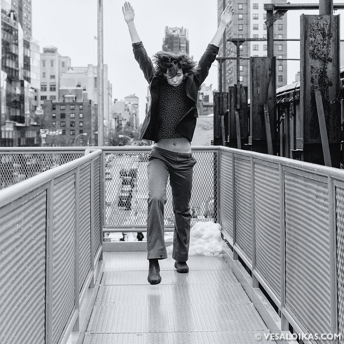 'High Life' Modern dance photo shoot with Julia Burrer