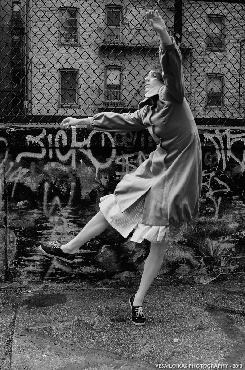 'END' Modern dance photo shoot with Xan Burley
