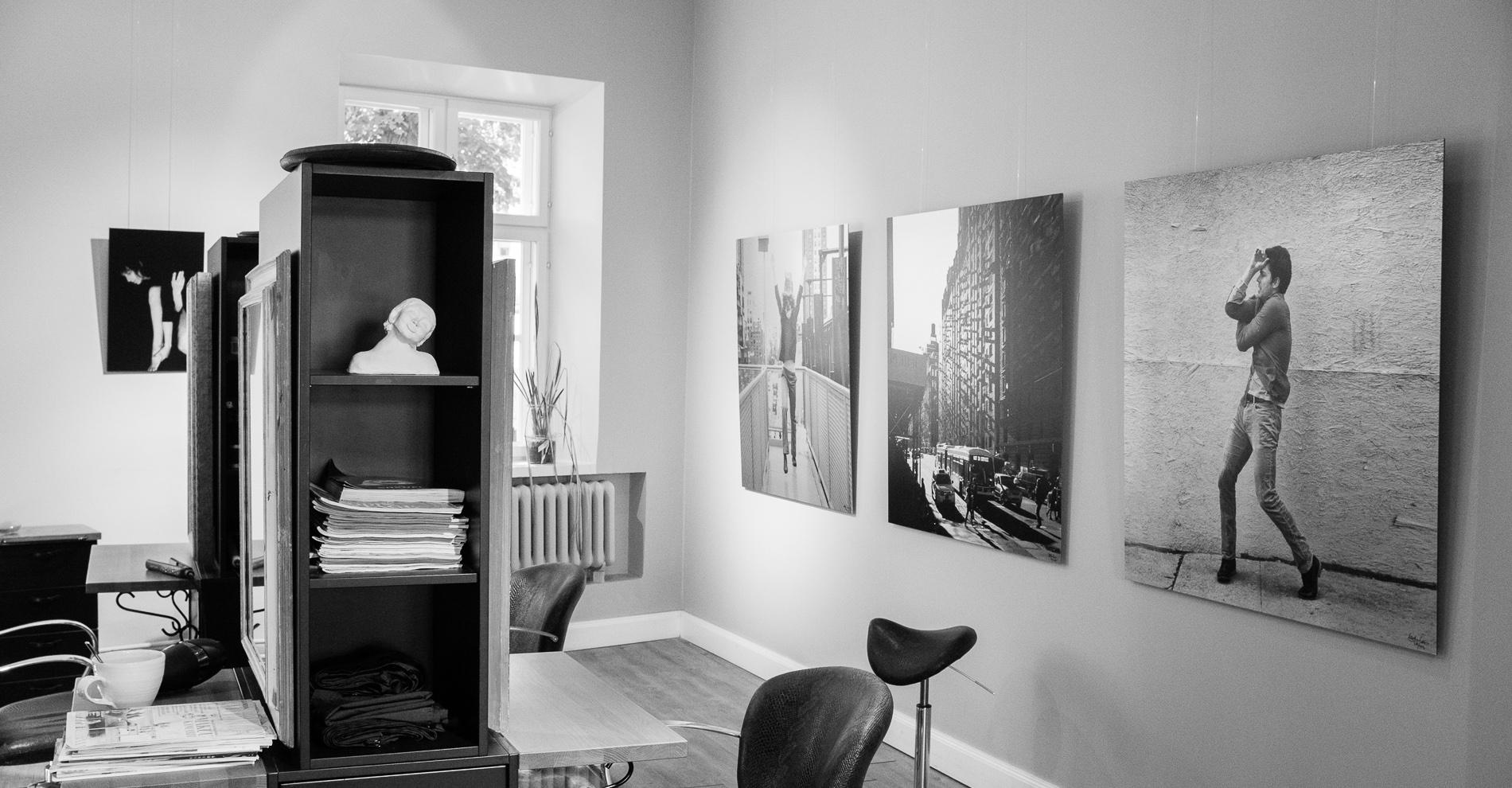 """Sarjastani 'Improvisaatioita Alumiinilla – Elävänä Nykissä' -signeeratut  120x120 cm   From my series """"Improvisations on Aluminum - LIVE IN NYC' - signed & numbered  120x120 cm"""