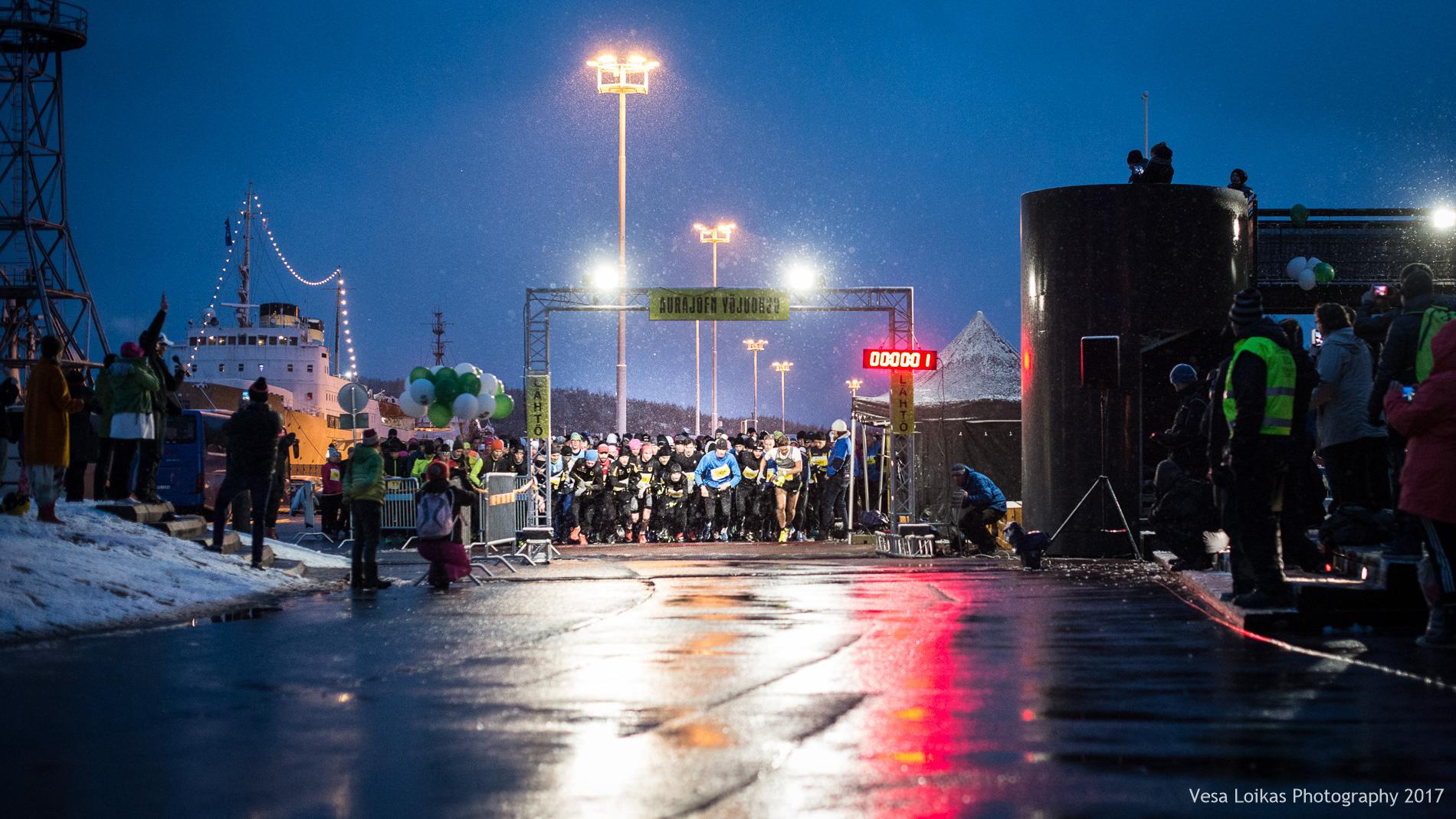 Aurajoen yöjuoksu 2017 lähtö | Aurajoki Night Run 2017 start
