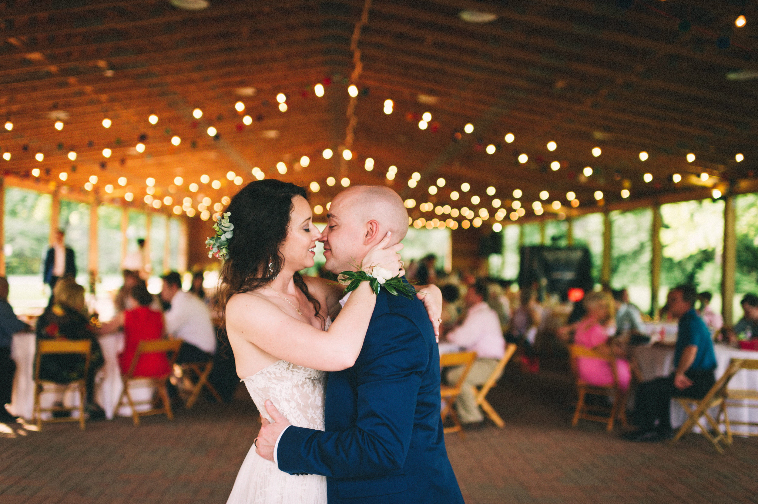 Cassie + Drew // Colorful Farmington Wedding // Louisville, Kentucky Photographer // Sarah Katherine Davis Photography
