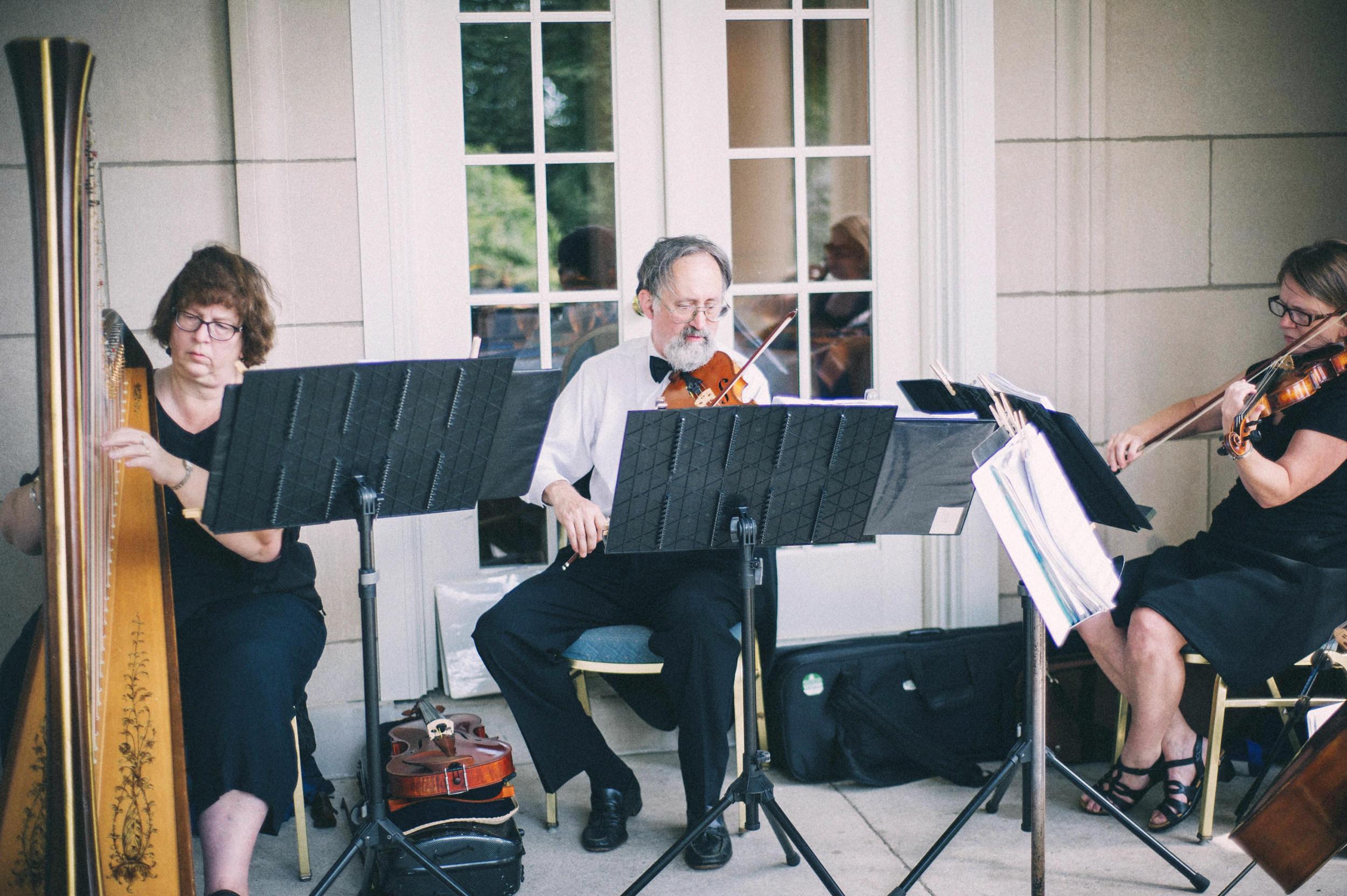 Jenna-Patrick-Garden-Court-Presbyterian-Seminary-Wedding-Louisville-Kentucky-Sarah-Katherine-Davis-Photography-54.jpg
