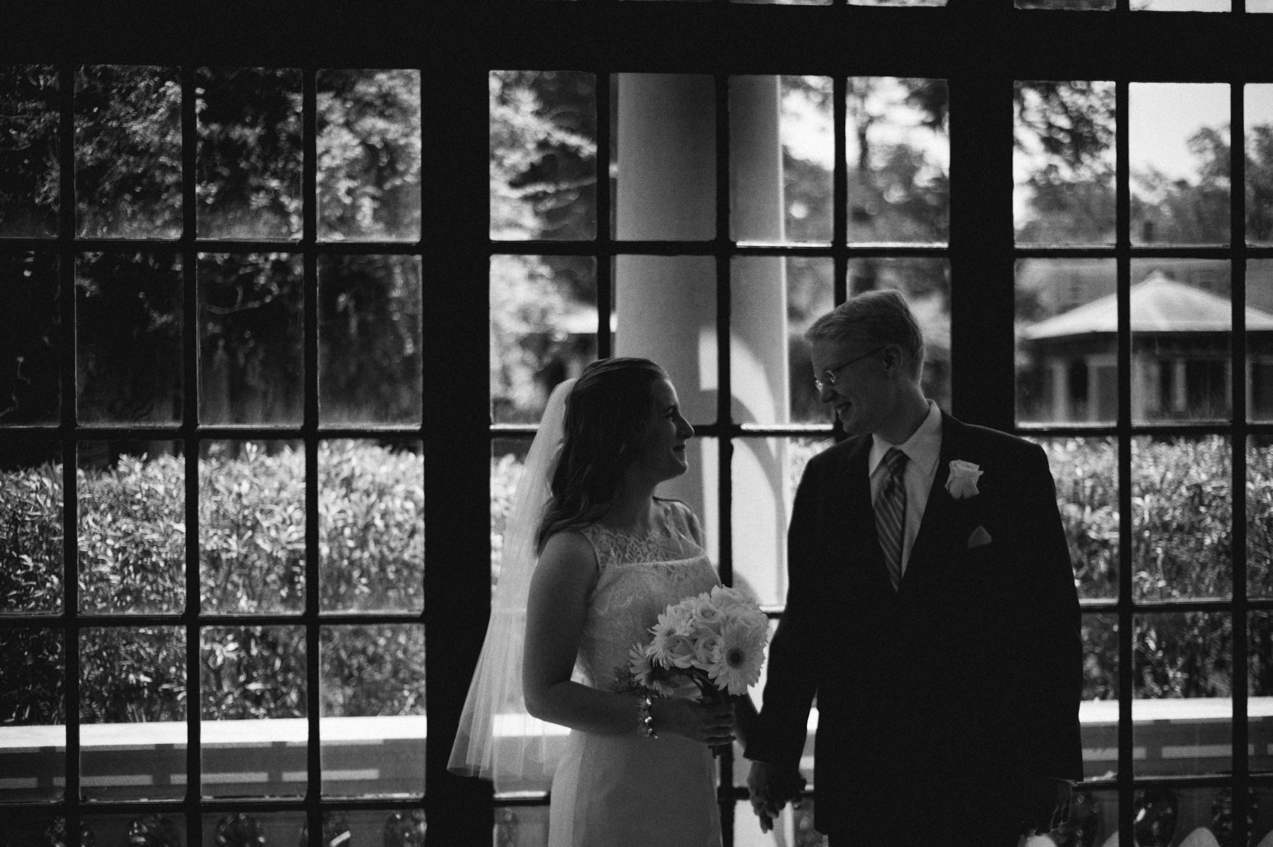 Jenna-Patrick-Garden-Court-Presbyterian-Seminary-Wedding-Louisville-Kentucky-Sarah-Katherine-Davis-Photography