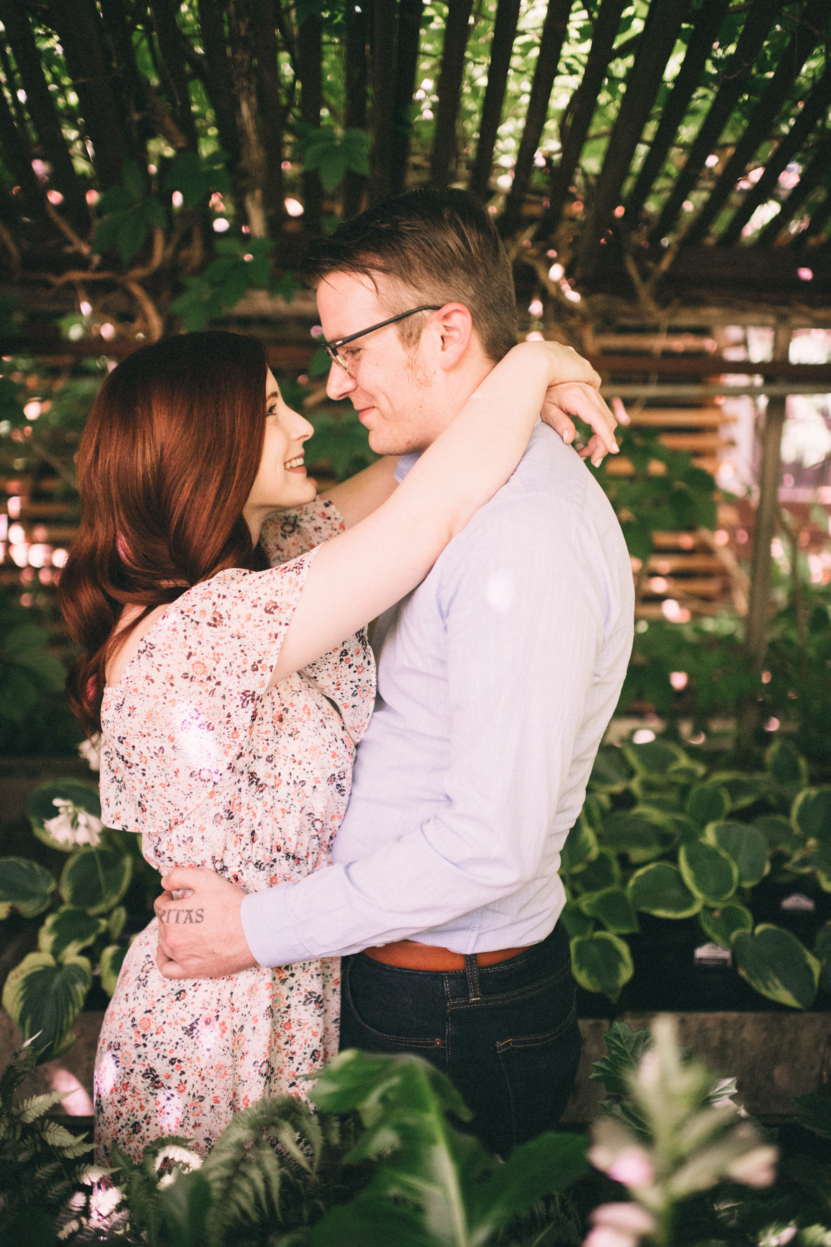 stephanie-brandon-sarah-katherine-davis-photographer-greenhouse-engagement-session-kentucky-56.jpg