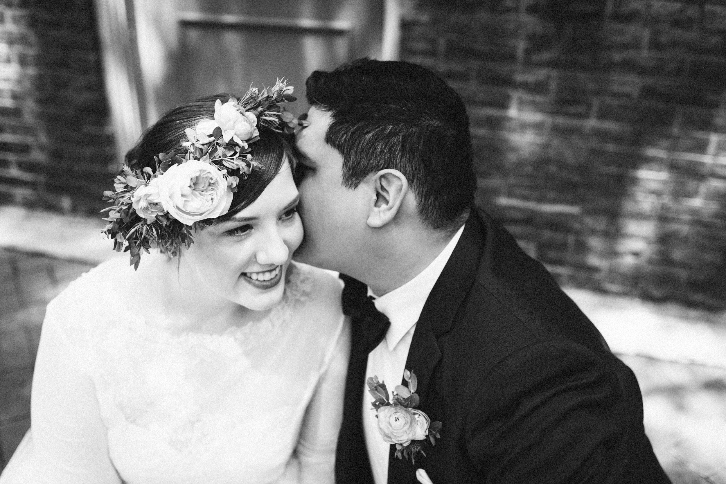 lauren-dean-wedding-grand-lodge-kentucky-sarah-katherine-davis-photography-214bw.jpg