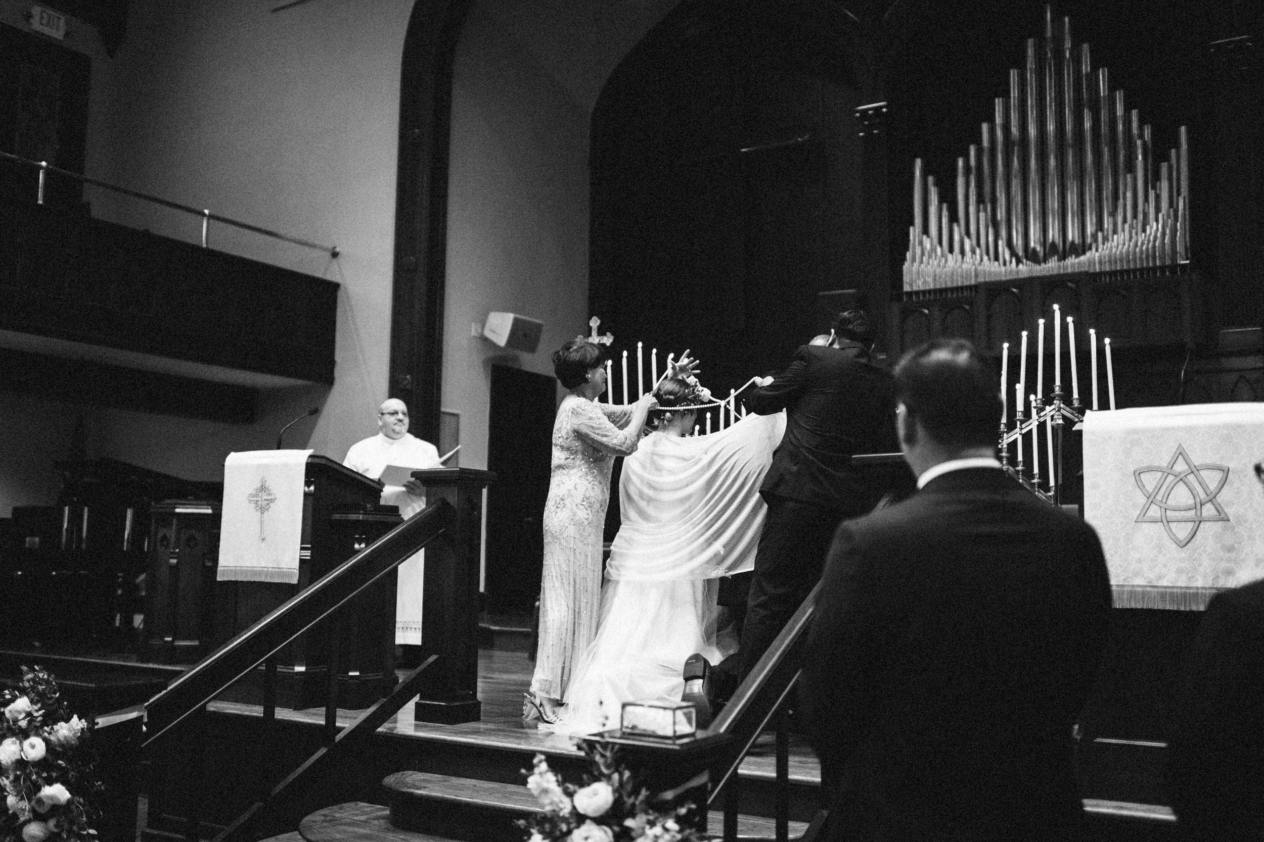 lauren-dean-wedding-grand-lodge-kentucky-sarah-katherine-davis-photography-374bw.jpg
