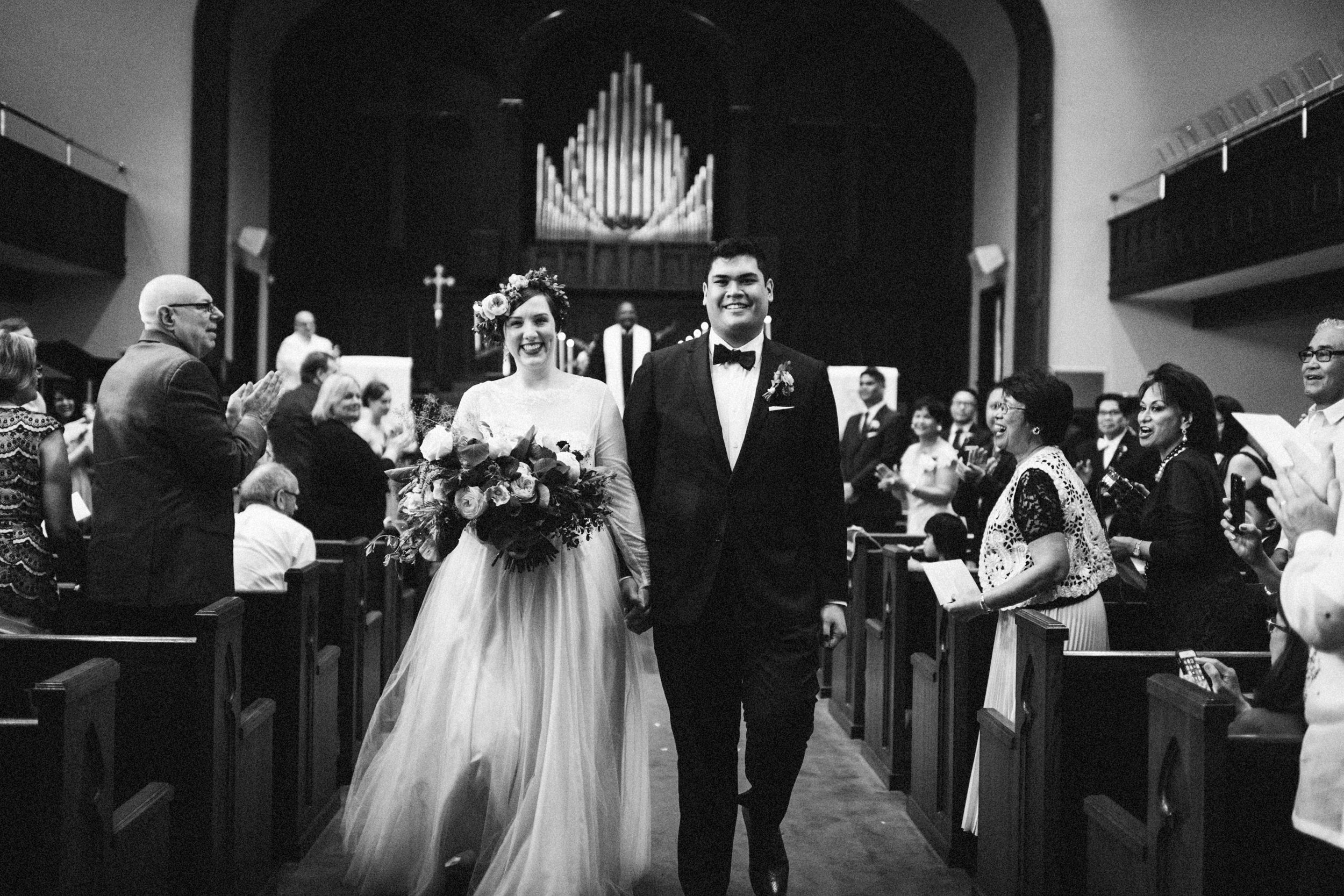 lauren-dean-wedding-grand-lodge-kentucky-sarah-katherine-davis-photography-412bw.jpg