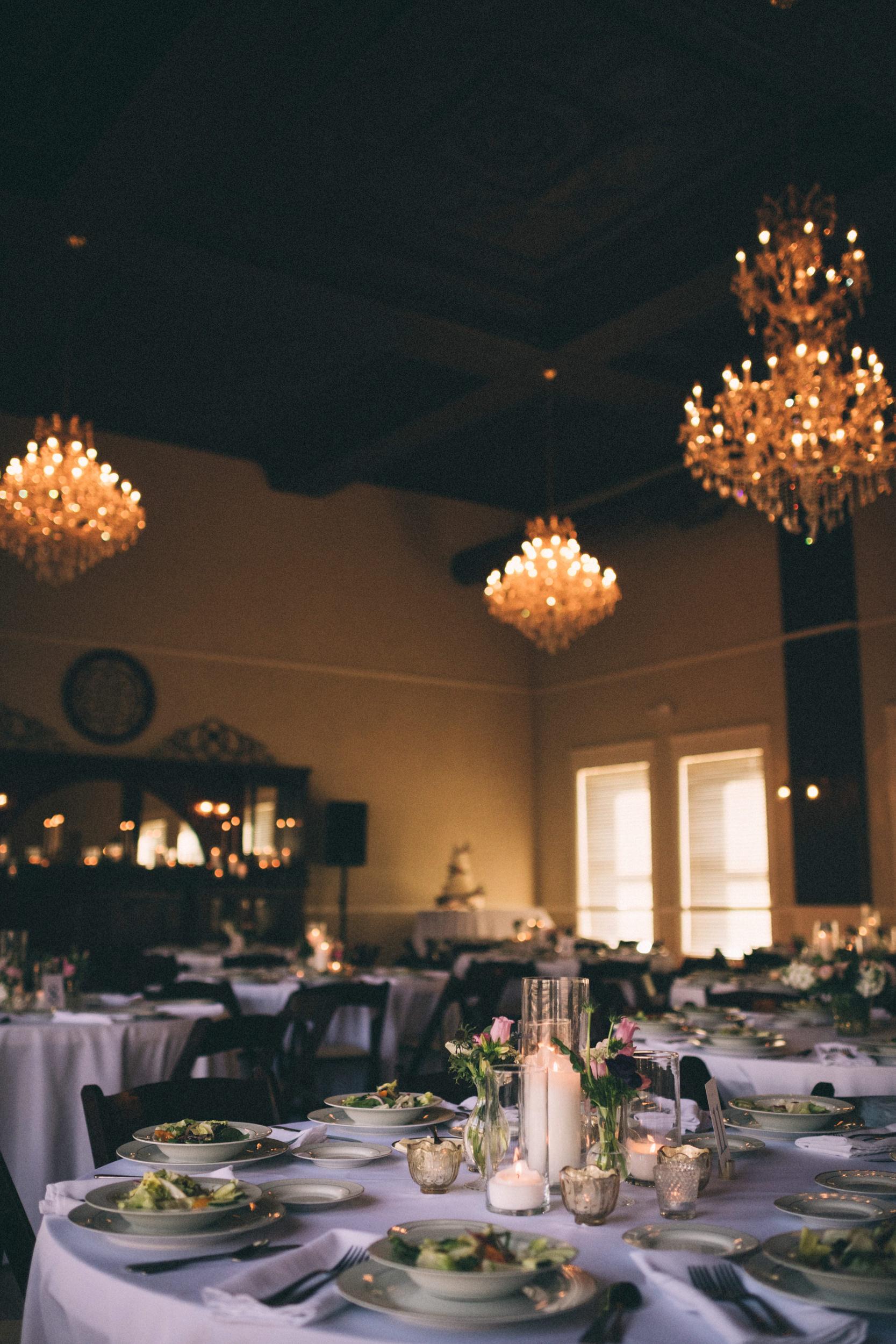 lauren-dean-wedding-grand-lodge-kentucky-sarah-katherine-davis-photography-464edit.jpg