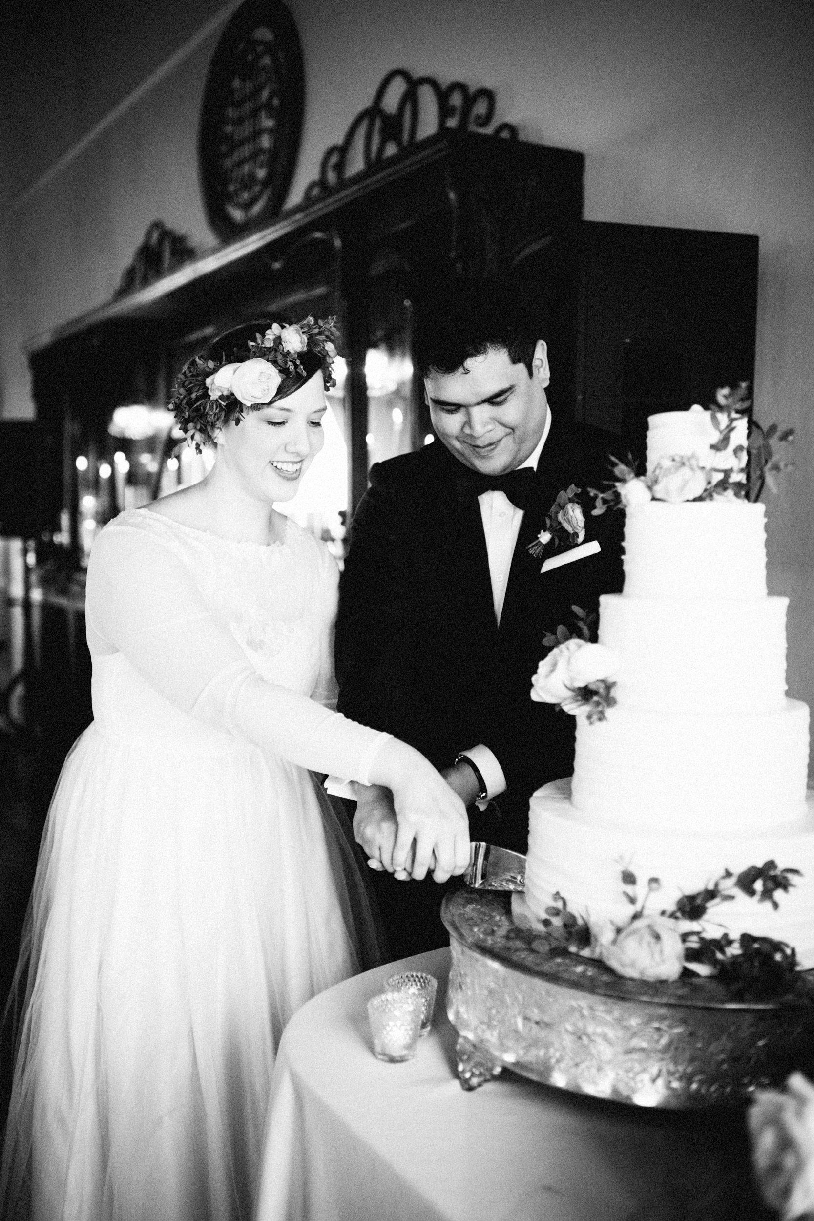 lauren-dean-wedding-grand-lodge-kentucky-sarah-katherine-davis-photography-493edit.jpg