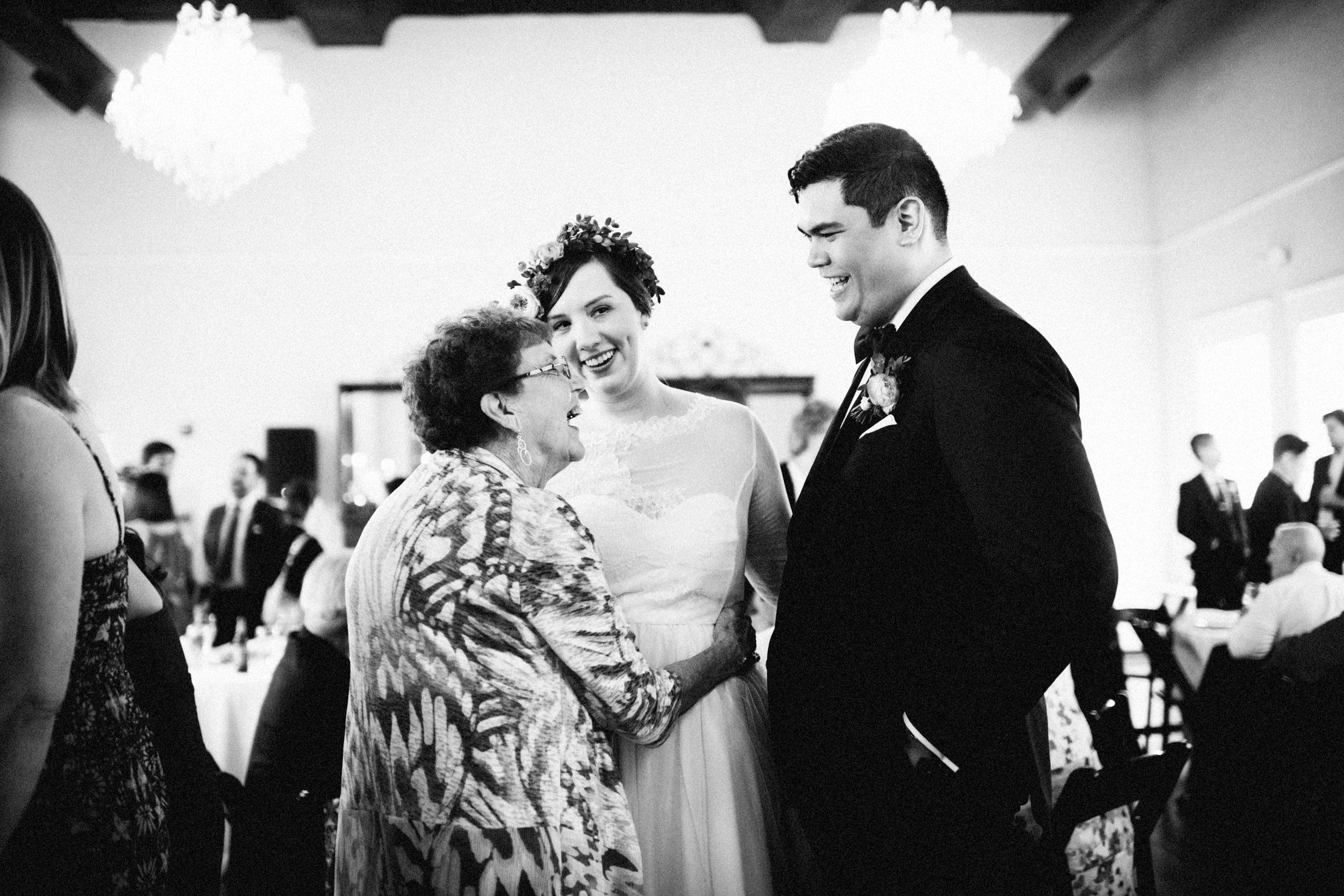 lauren-dean-wedding-grand-lodge-kentucky-sarah-katherine-davis-photography-542edit.jpg