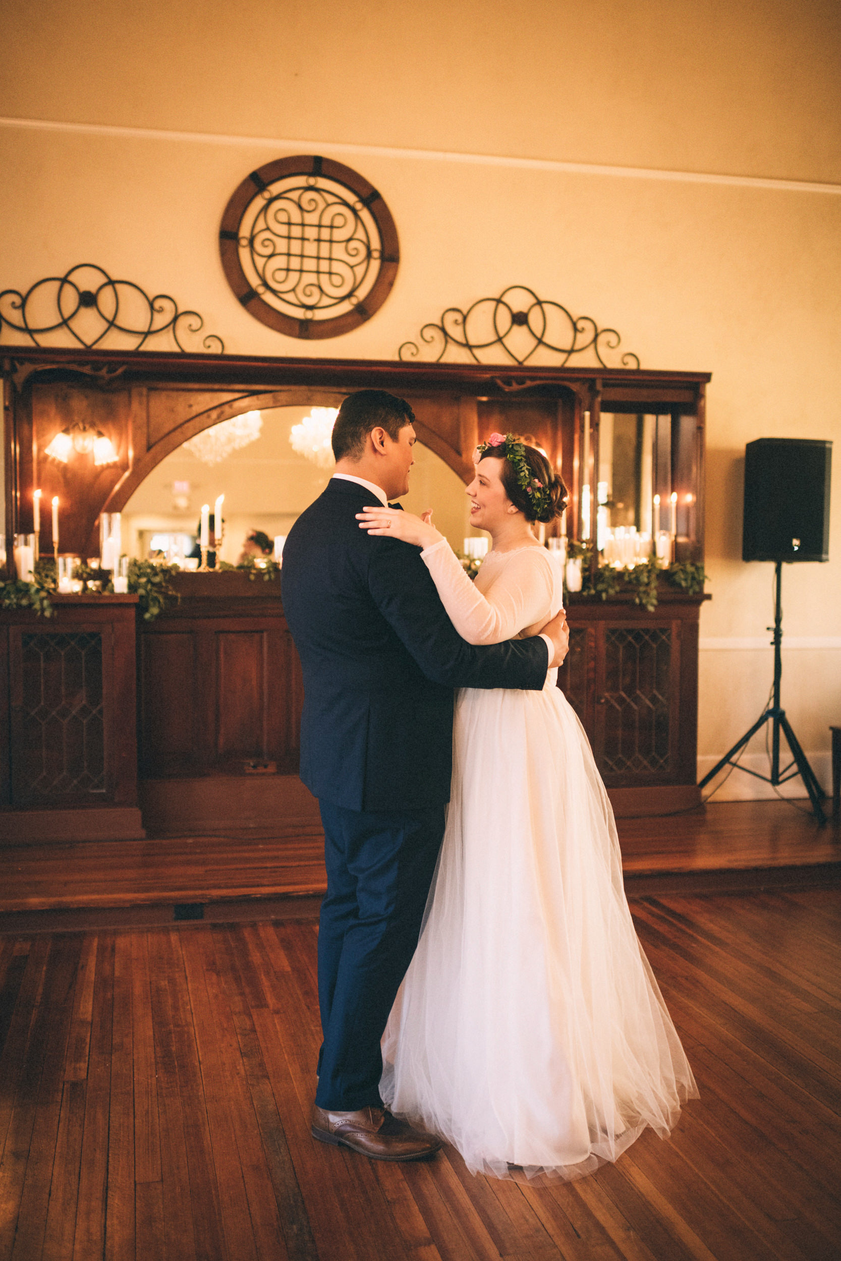 lauren-dean-wedding-grand-lodge-kentucky-sarah-katherine-davis-photography-558edit.jpg