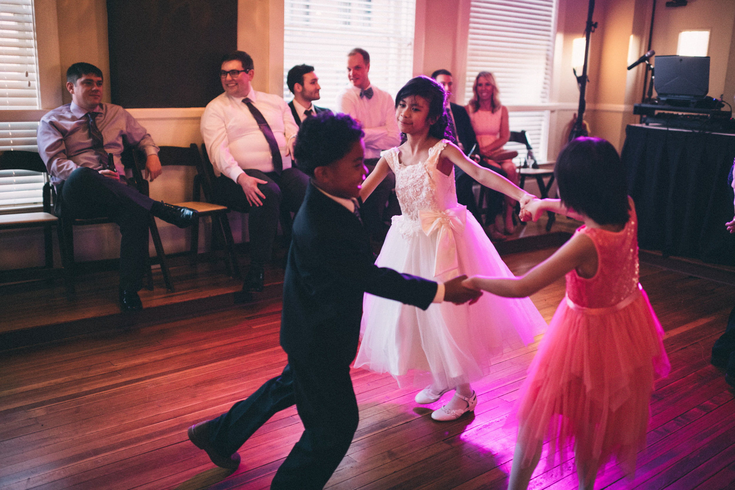 lauren-dean-wedding-grand-lodge-kentucky-sarah-katherine-davis-photography-595edit.jpg