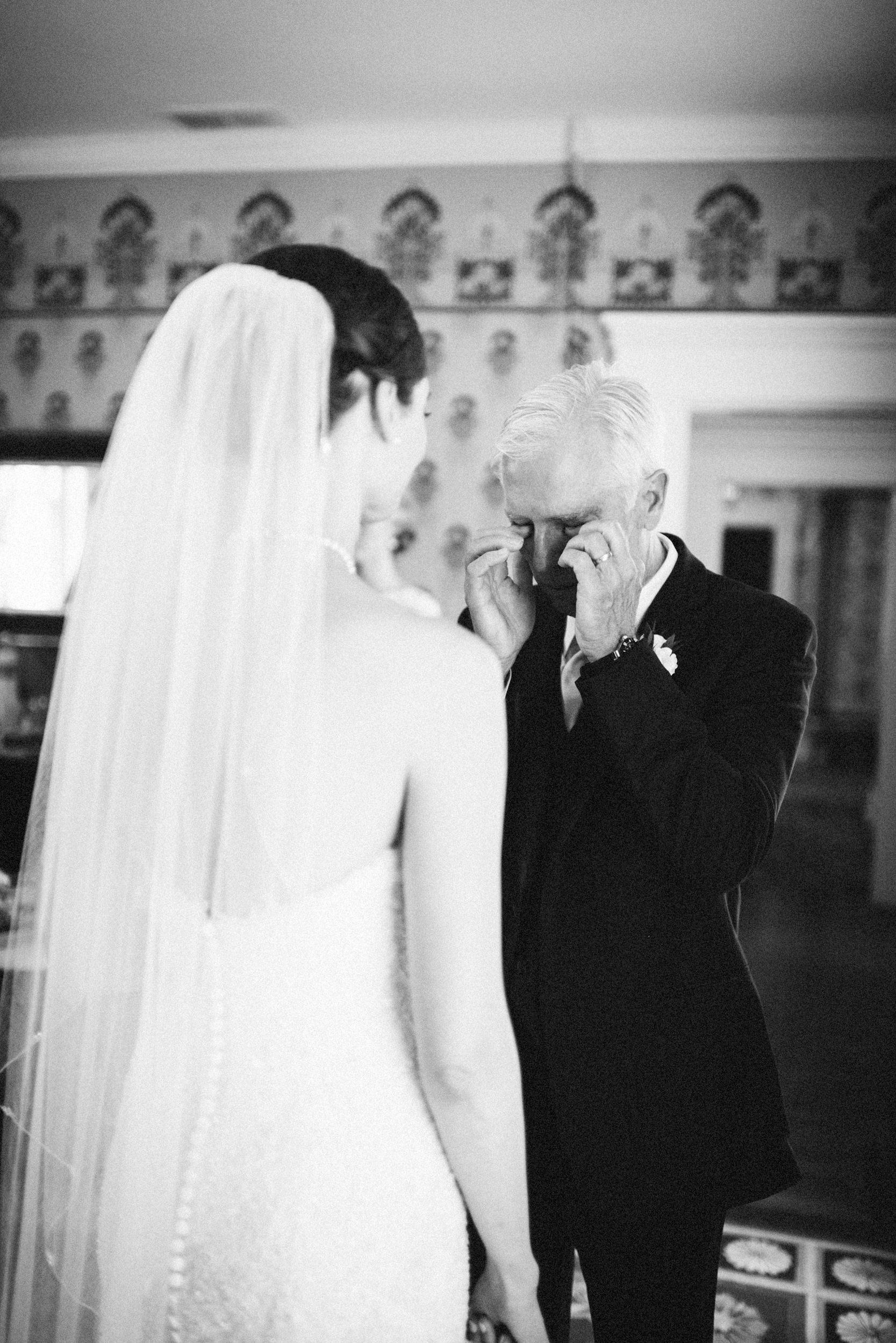 Louisville-Kentucky-Wedding-Elopement-Photographer-Sarah-Katherine-Davis-Photography-Whitehall-Classic-Timeless-Garden-Wedding-174.jpg