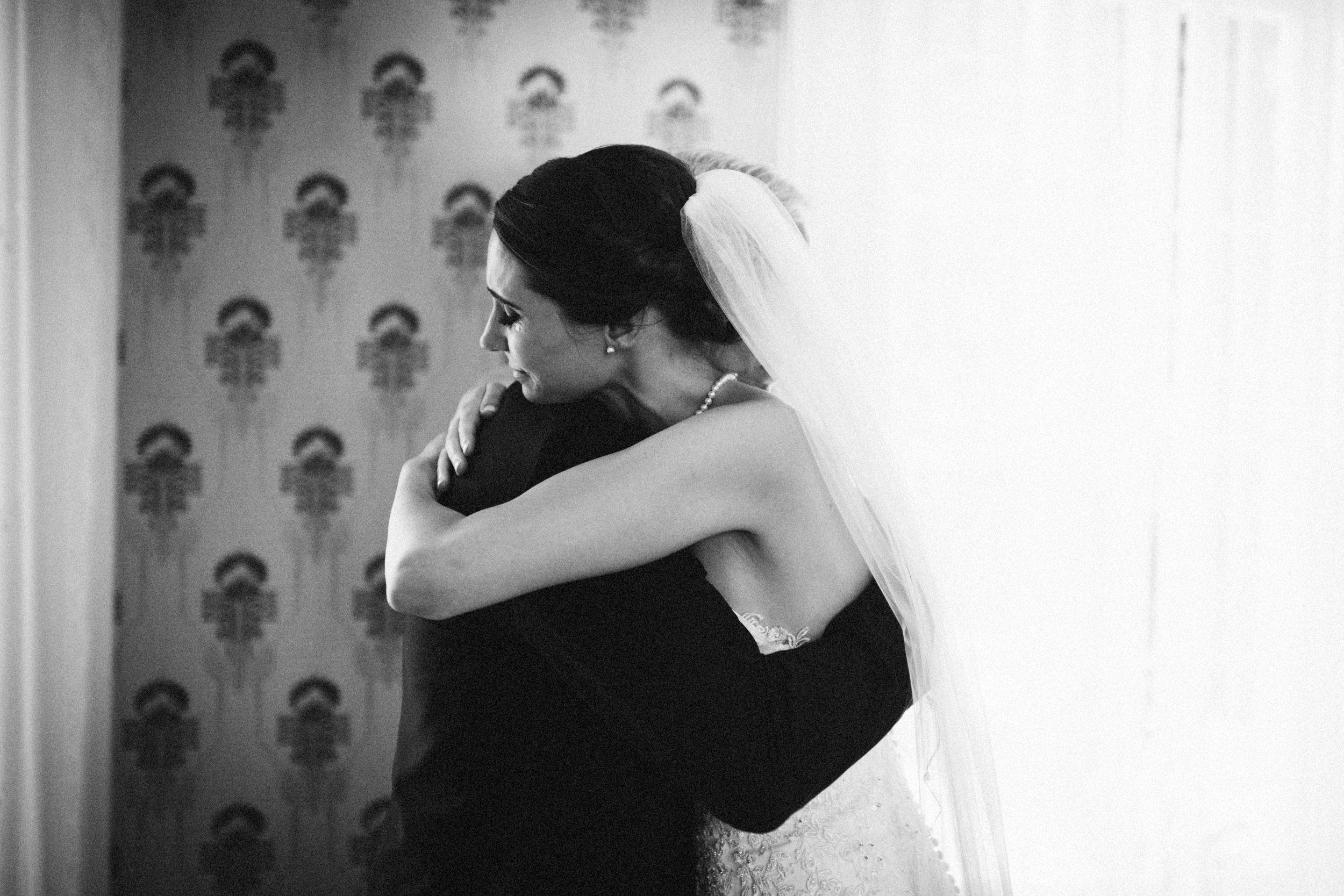 Louisville-Kentucky-Wedding-Elopement-Photographer-Sarah-Katherine-Davis-Photography-Whitehall-Classic-Timeless-Garden-Wedding-175.jpg
