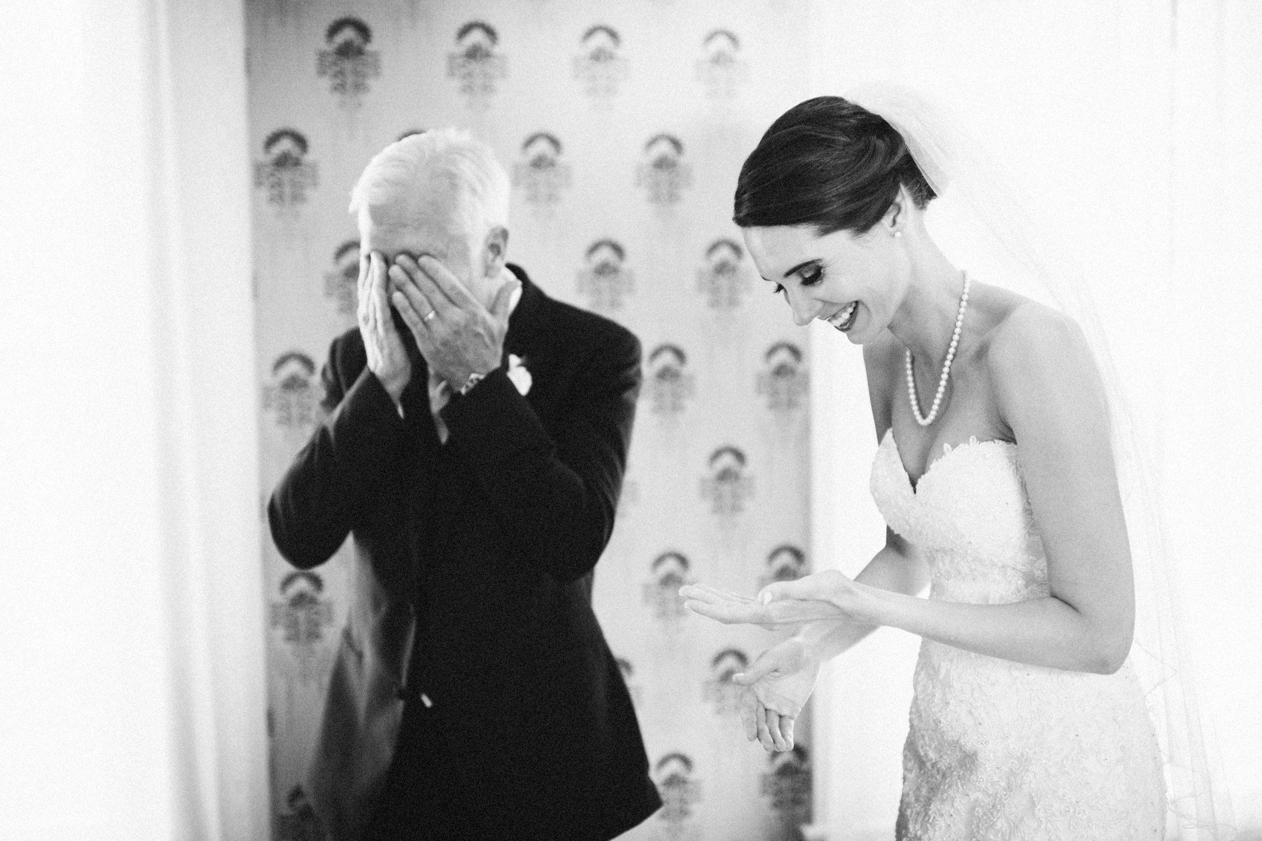Louisville-Kentucky-Wedding-Elopement-Photographer-Sarah-Katherine-Davis-Photography-Whitehall-Classic-Timeless-Garden-Wedding-178.jpg