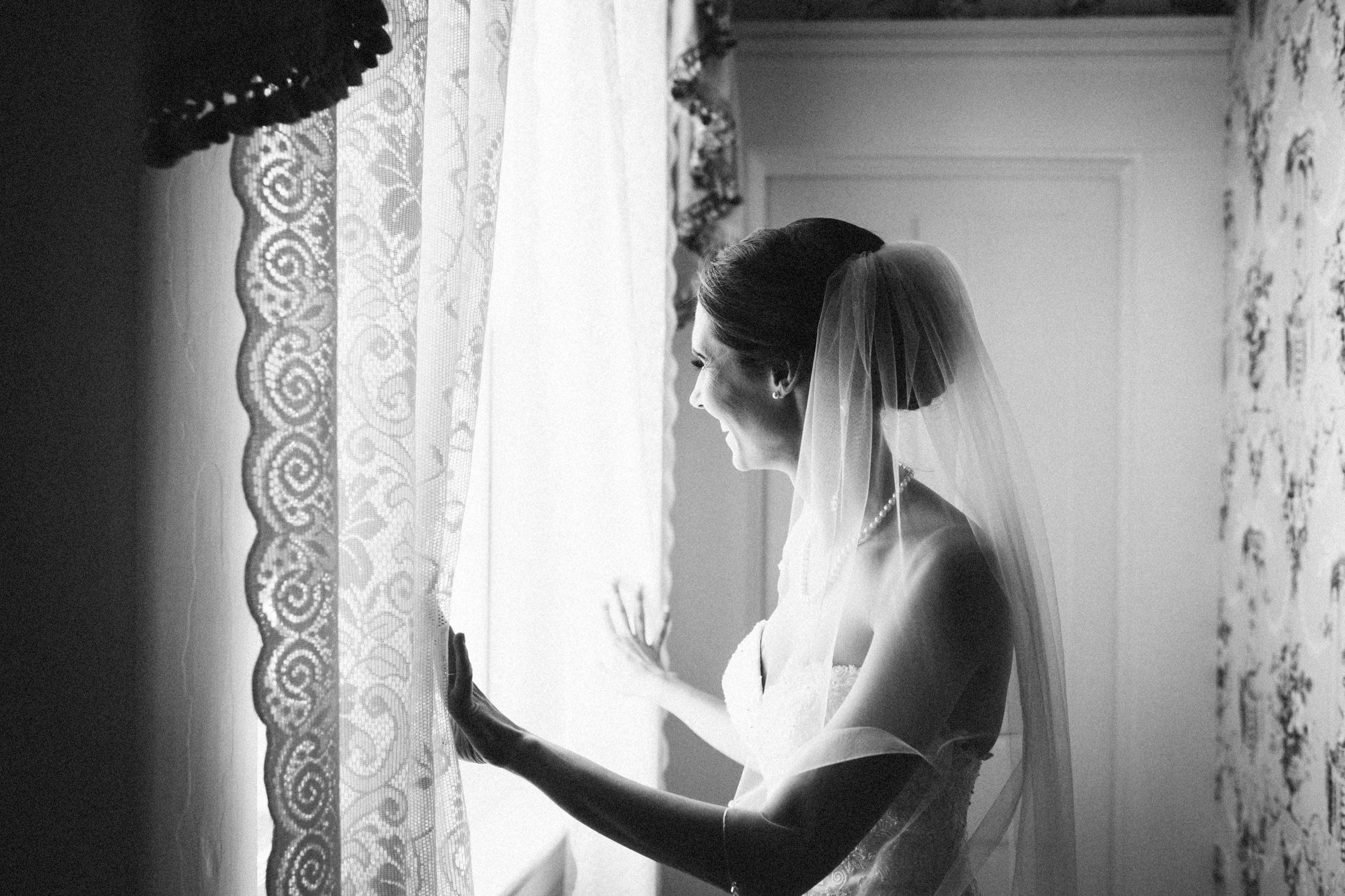 Louisville-Kentucky-Wedding-Elopement-Photographer-Sarah-Katherine-Davis-Photography-Whitehall-Classic-Timeless-Garden-Wedding-257.jpg