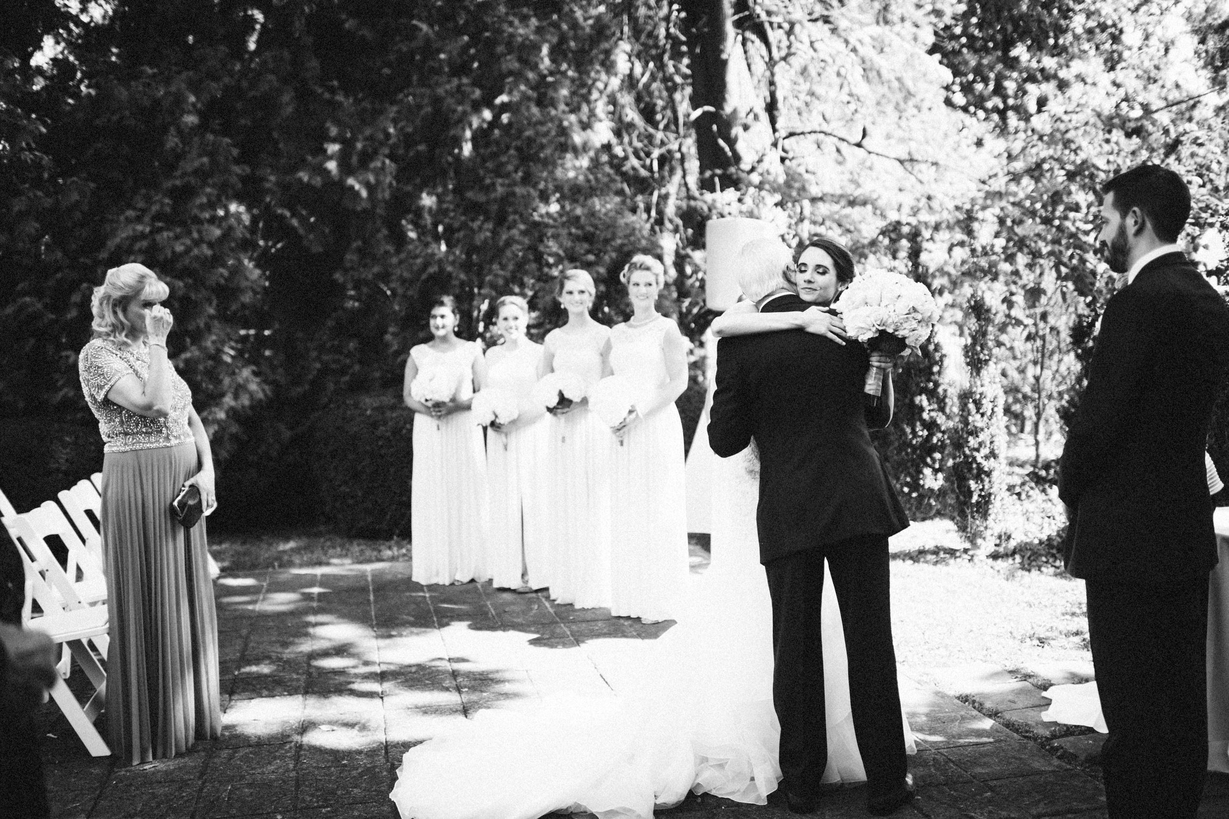 Louisville-Kentucky-Wedding-Elopement-Photographer-Sarah-Katherine-Davis-Photography-Whitehall-Classic-Timeless-Garden-Wedding-328.jpg