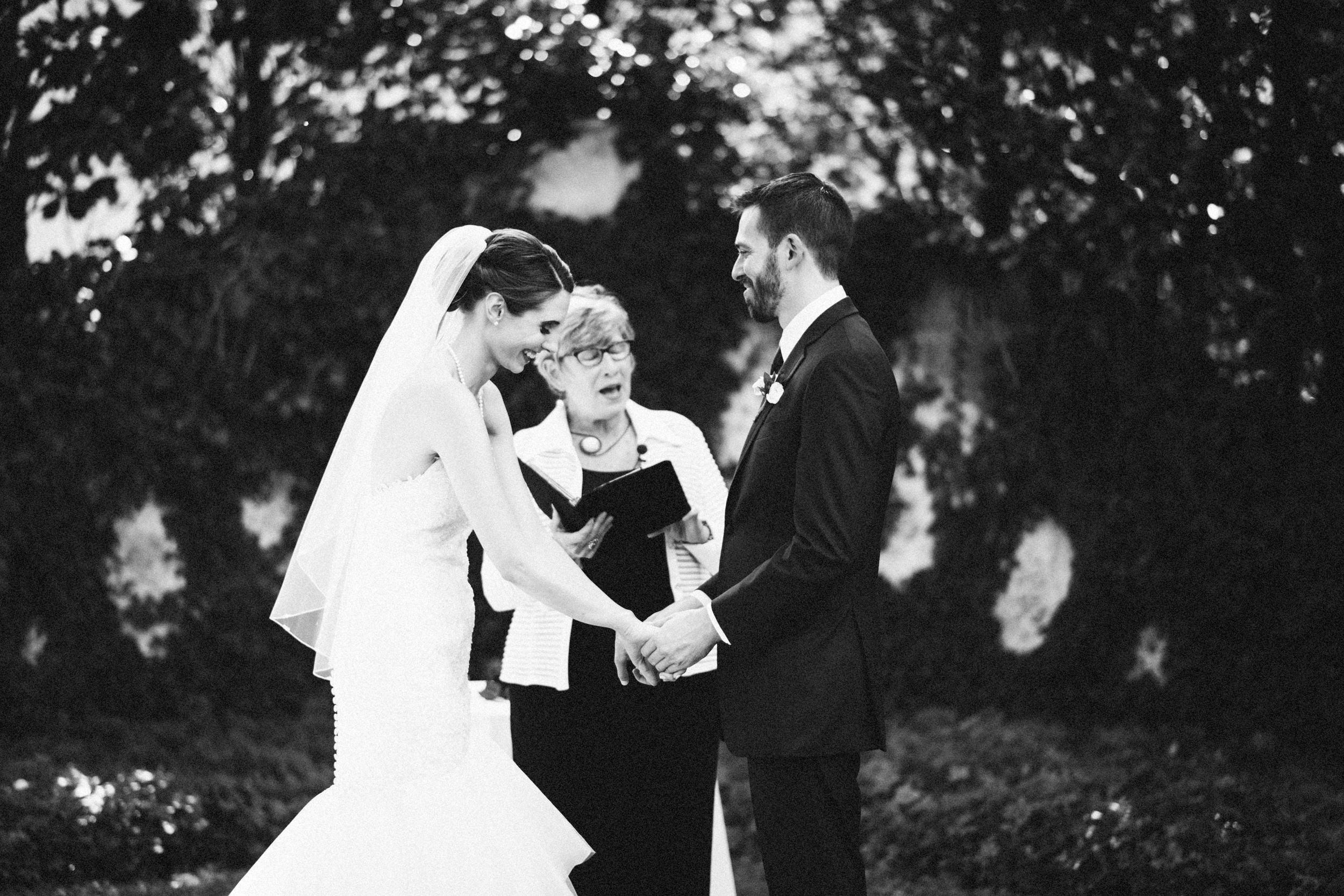 Louisville-Kentucky-Wedding-Elopement-Photographer-Sarah-Katherine-Davis-Photography-Whitehall-Classic-Timeless-Garden-Wedding-387.jpg