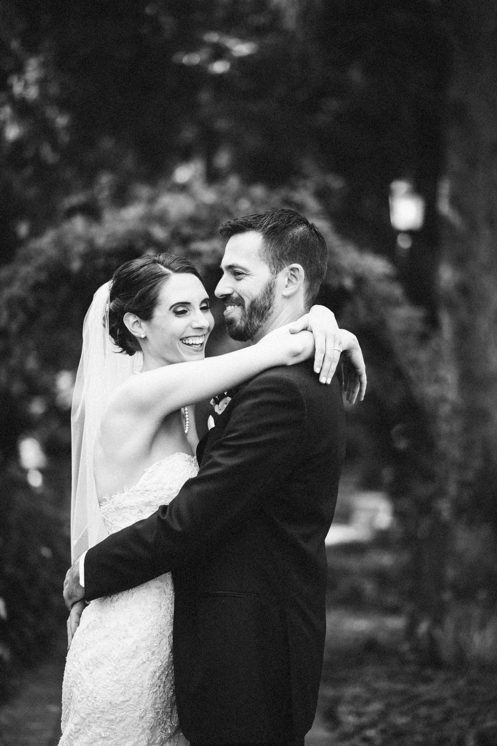 Louisville-Kentucky-Wedding-Elopement-Photographer-Sarah-Katherine-Davis-Photography-Whitehall-Classic-Timeless-Garden-Wedding-484.jpg