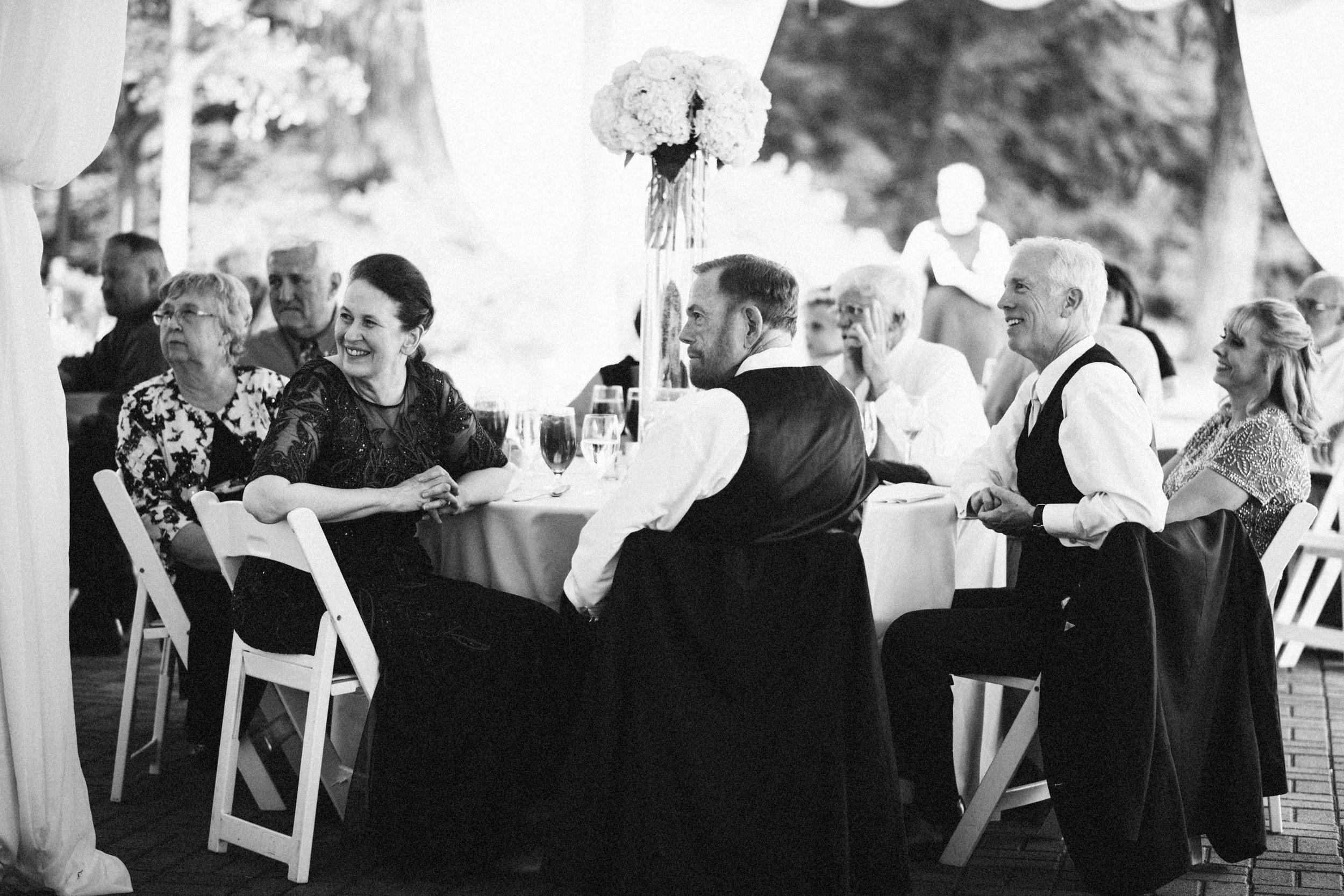 Louisville-Kentucky-Wedding-Elopement-Photographer-Sarah-Katherine-Davis-Photography-Whitehall-Classic-Timeless-Garden-Wedding-617.jpg
