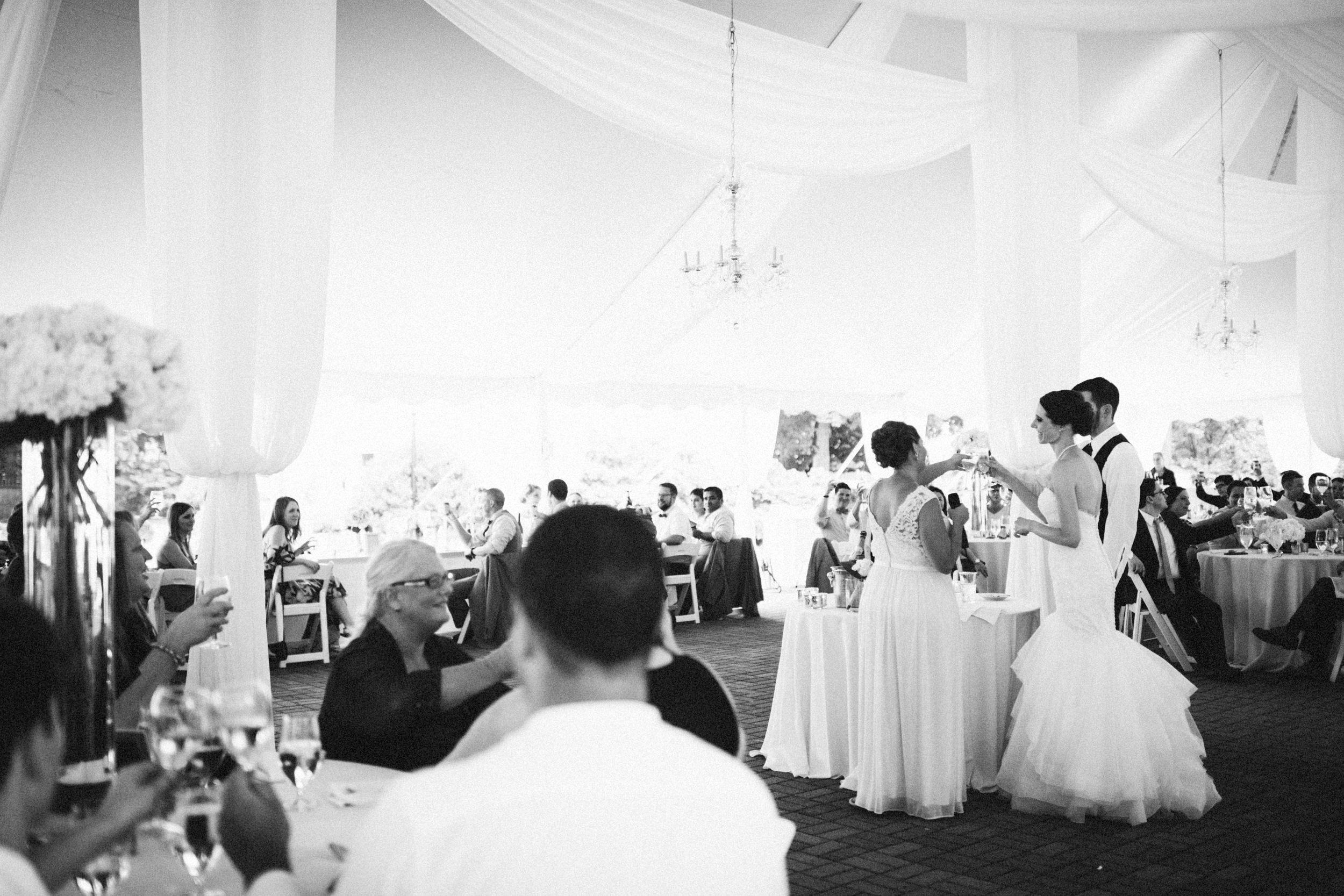 Louisville-Kentucky-Wedding-Elopement-Photographer-Sarah-Katherine-Davis-Photography-Whitehall-Classic-Timeless-Garden-Wedding-636.jpg