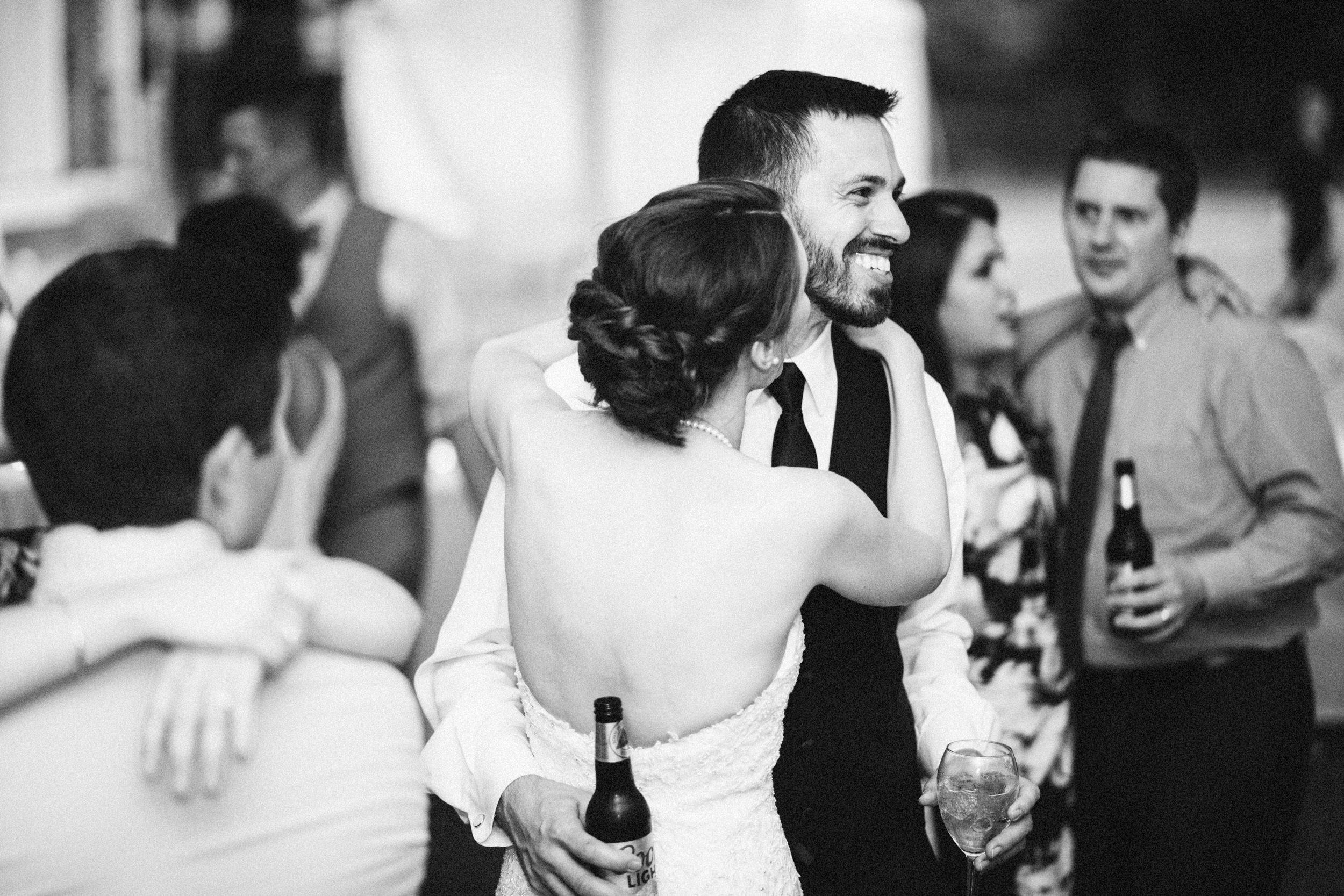 Louisville-Kentucky-Wedding-Elopement-Photographer-Sarah-Katherine-Davis-Photography-Whitehall-Classic-Timeless-Garden-Wedding-815.jpg