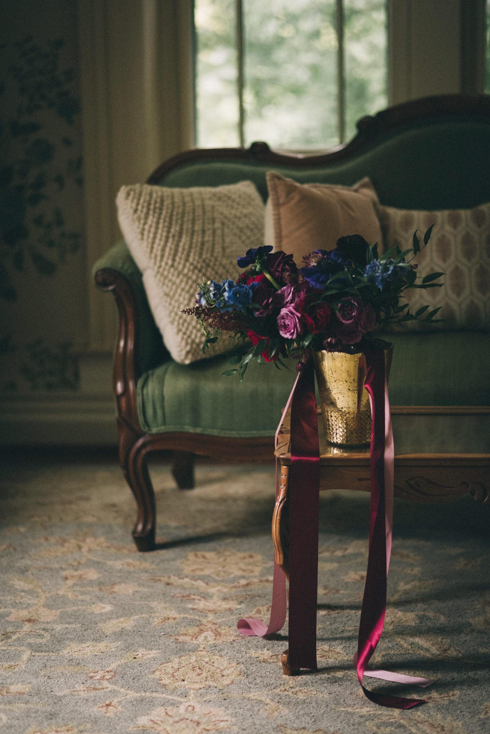 Louisville-Kentucky-Wedding-and-Elopement-Photographer-Sarah-Katherine-Davis-Photography-Summer-Jewel-Toned-Wedding-Chineese-Tea-Ceremony-Warrenwood-Manor-Danville-25.jpg