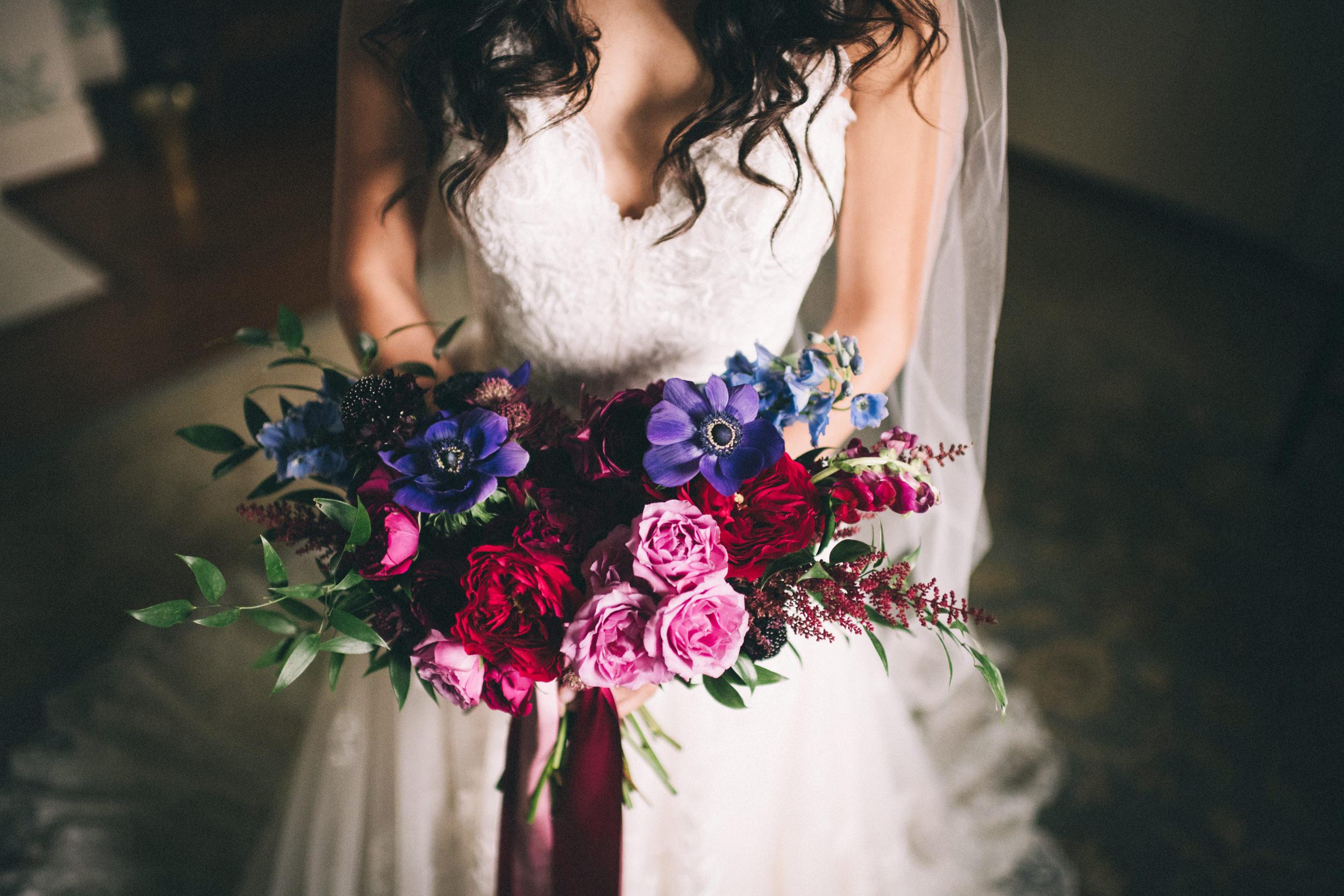 Louisville-Kentucky-Wedding-and-Elopement-Photographer-Sarah-Katherine-Davis-Photography-Summer-Jewel-Toned-Wedding-Chineese-Tea-Ceremony-Warrenwood-Manor-Danville-114.jpg
