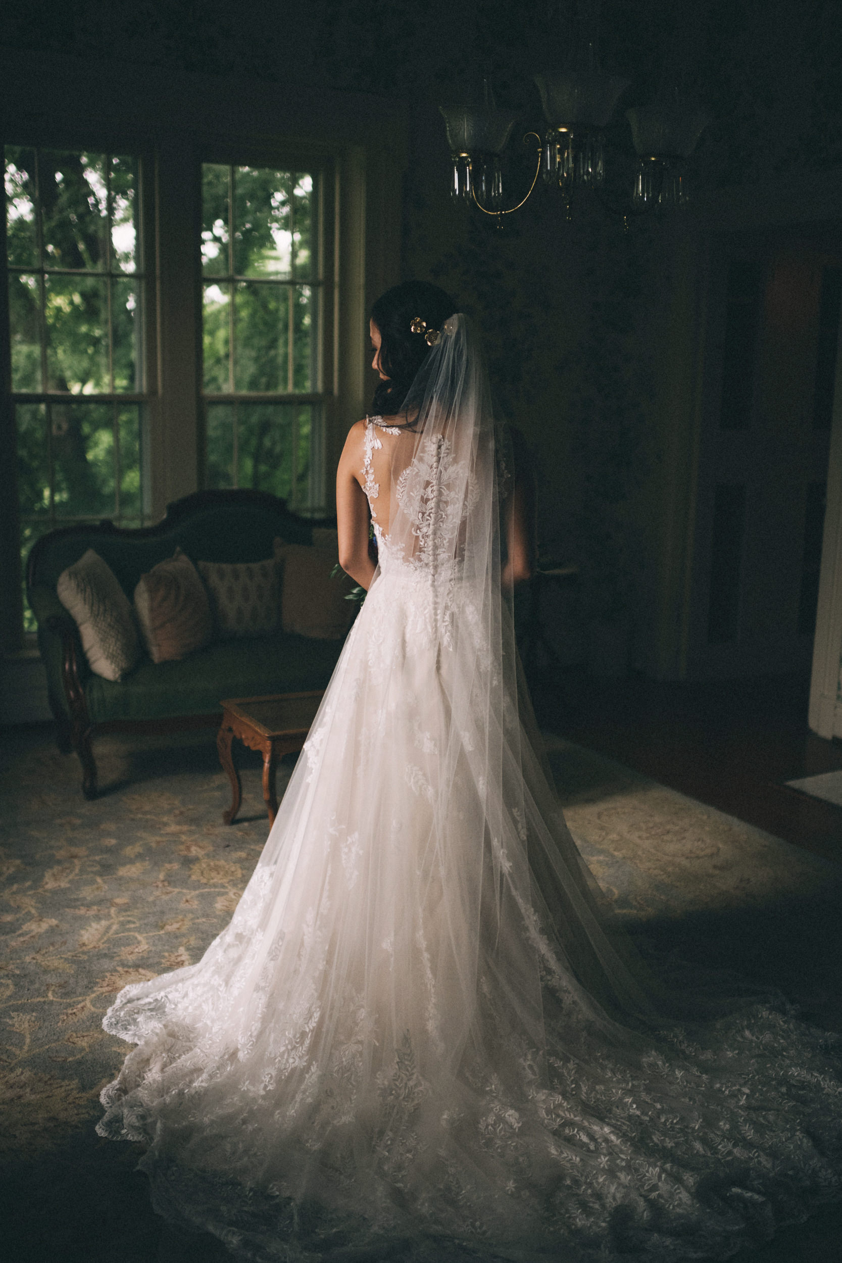 Louisville-Kentucky-Wedding-and-Elopement-Photographer-Sarah-Katherine-Davis-Photography-Summer-Jewel-Toned-Wedding-Chineese-Tea-Ceremony-Warrenwood-Manor-Danville-127.jpg