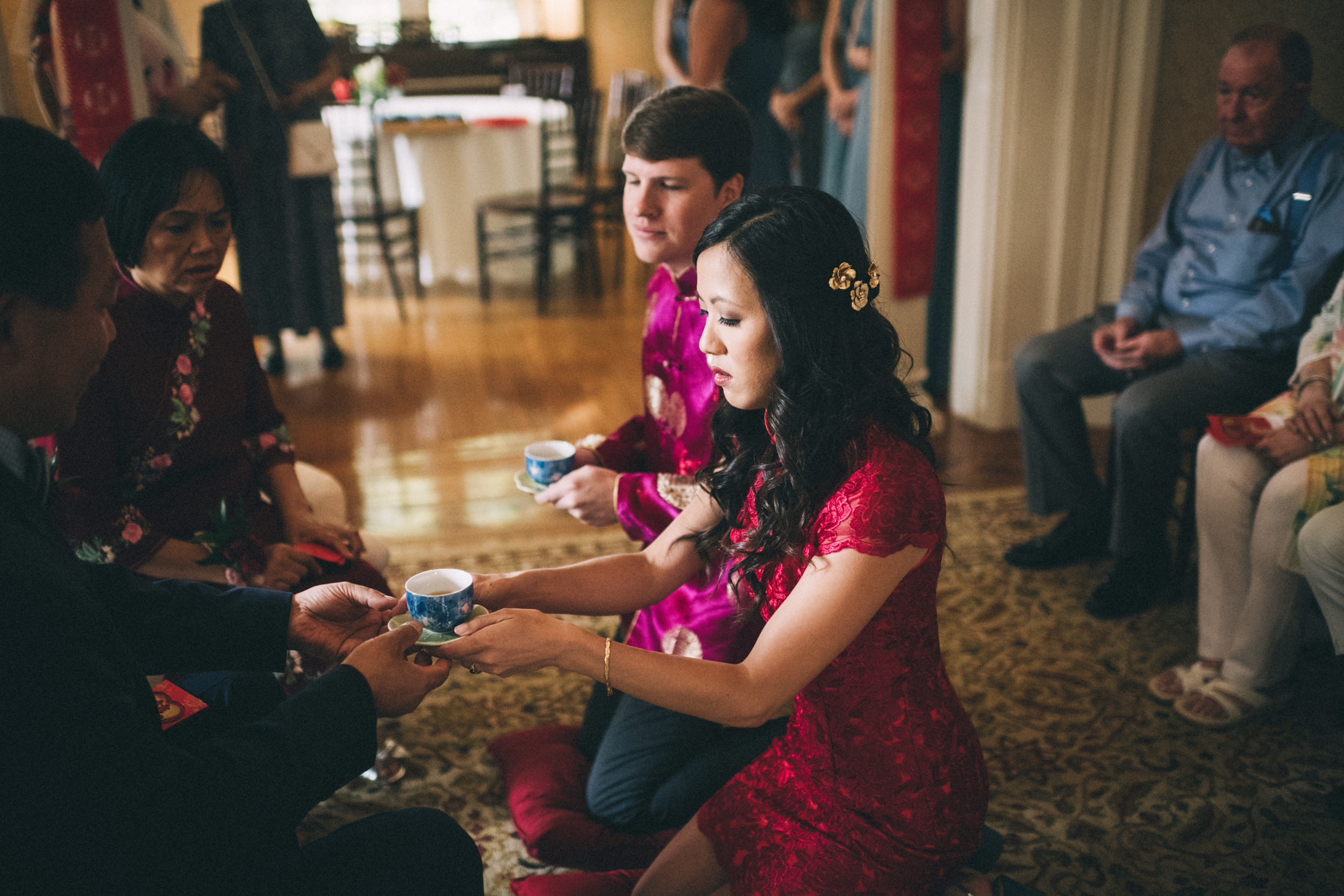 Louisville-Kentucky-Wedding-and-Elopement-Photographer-Sarah-Katherine-Davis-Photography-Summer-Jewel-Toned-Wedding-Chineese-Tea-Ceremony-Warrenwood-Manor-Danville-336.jpg