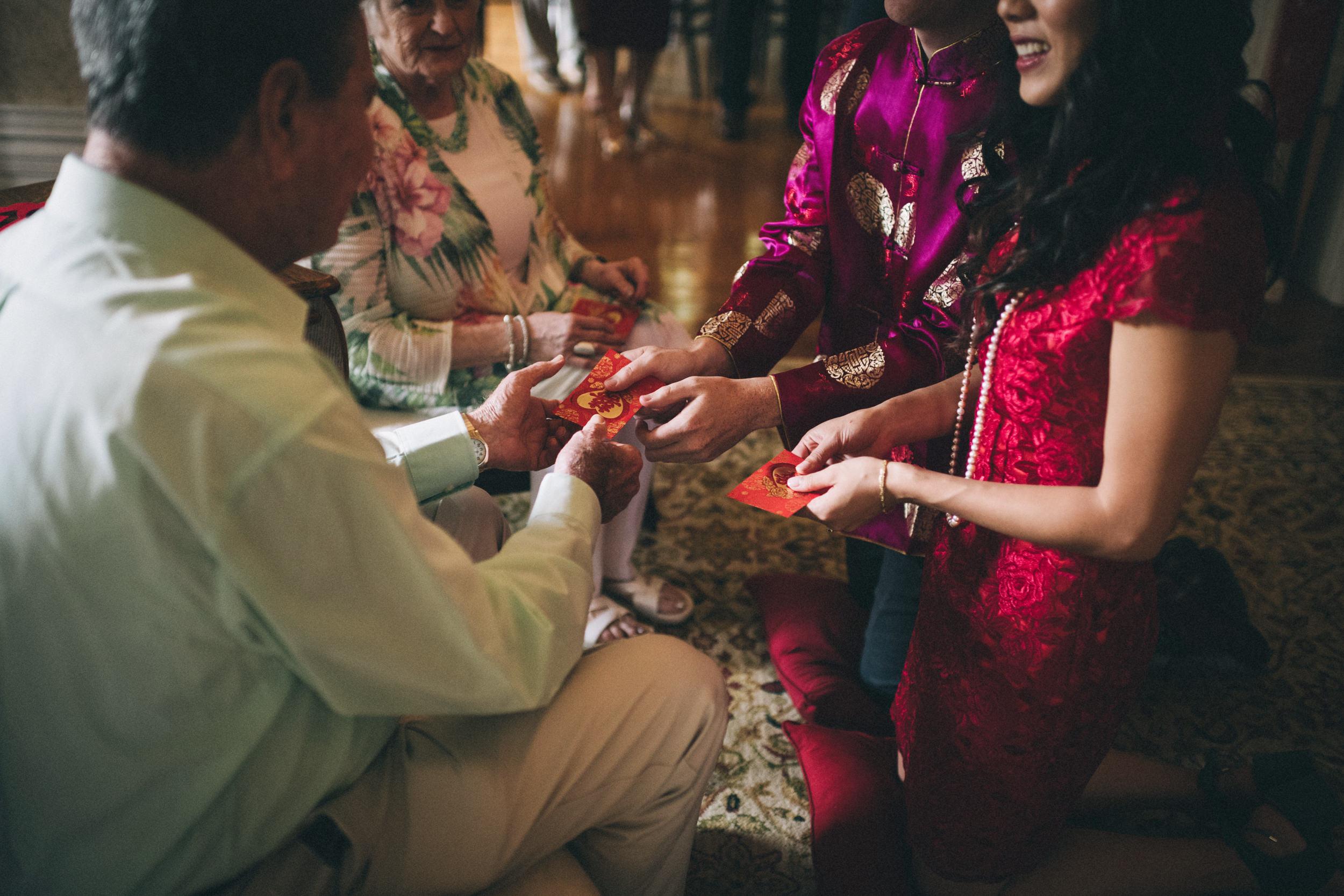 Louisville-Kentucky-Wedding-and-Elopement-Photographer-Sarah-Katherine-Davis-Photography-Summer-Jewel-Toned-Wedding-Chineese-Tea-Ceremony-Warrenwood-Manor-Danville-373.jpg