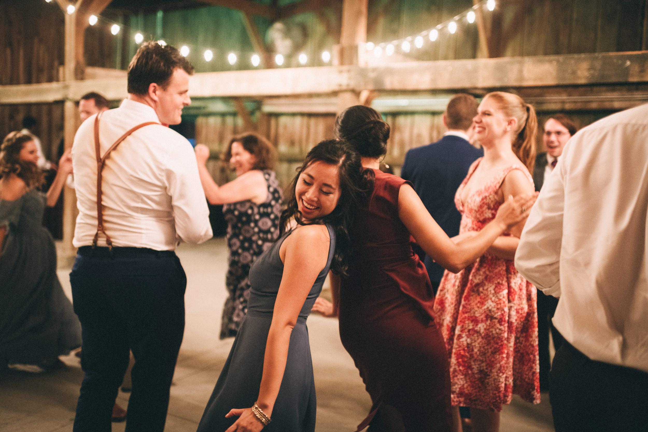 Louisville-Kentucky-Wedding-and-Elopement-Photographer-Sarah-Katherine-Davis-Photography-Summer-Jewel-Toned-Wedding-Chineese-Tea-Ceremony-Warrenwood-Manor-Danville-966.jpg