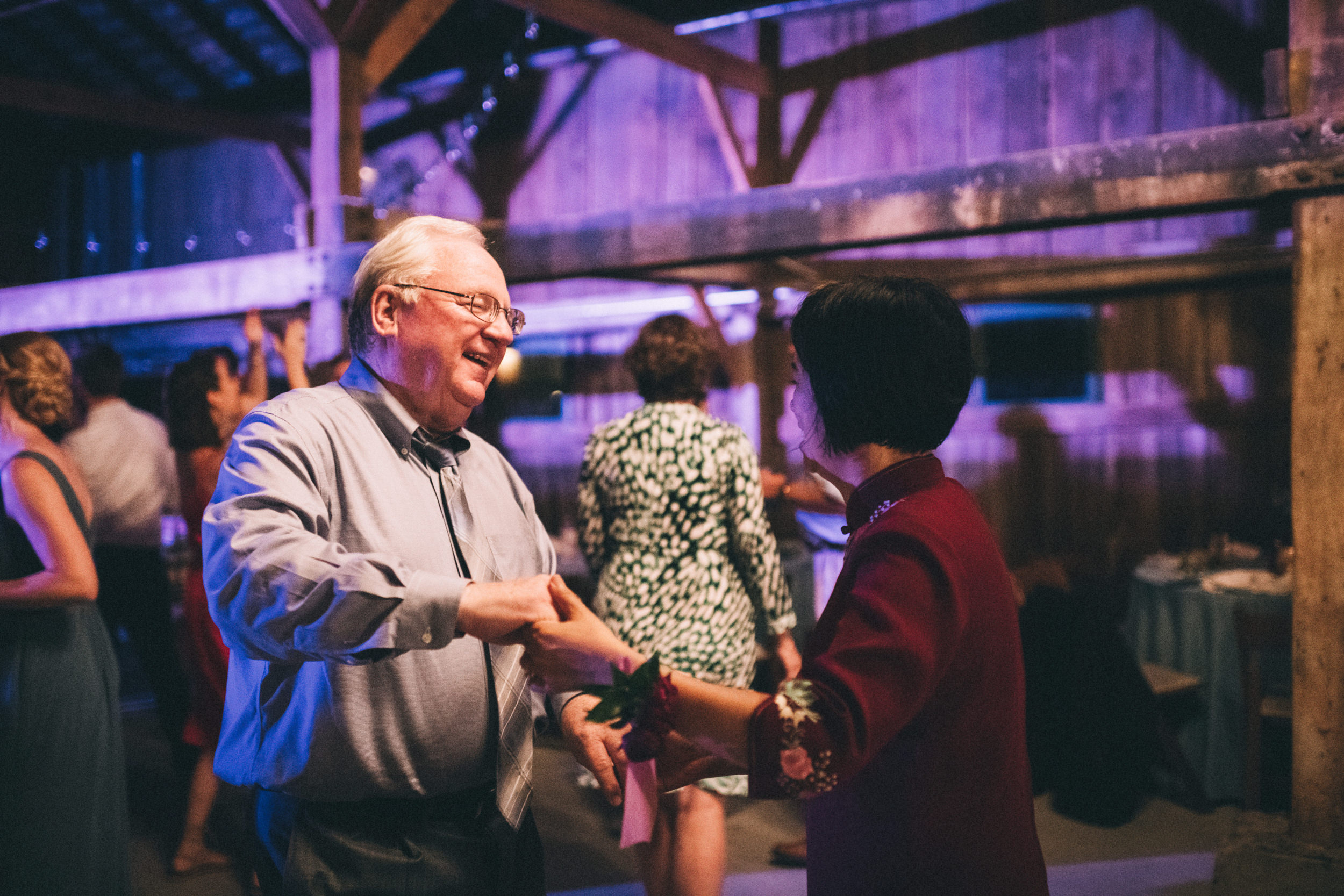 Louisville-Kentucky-Wedding-and-Elopement-Photographer-Sarah-Katherine-Davis-Photography-Summer-Jewel-Toned-Wedding-Chineese-Tea-Ceremony-Warrenwood-Manor-Danville-1030.jpg