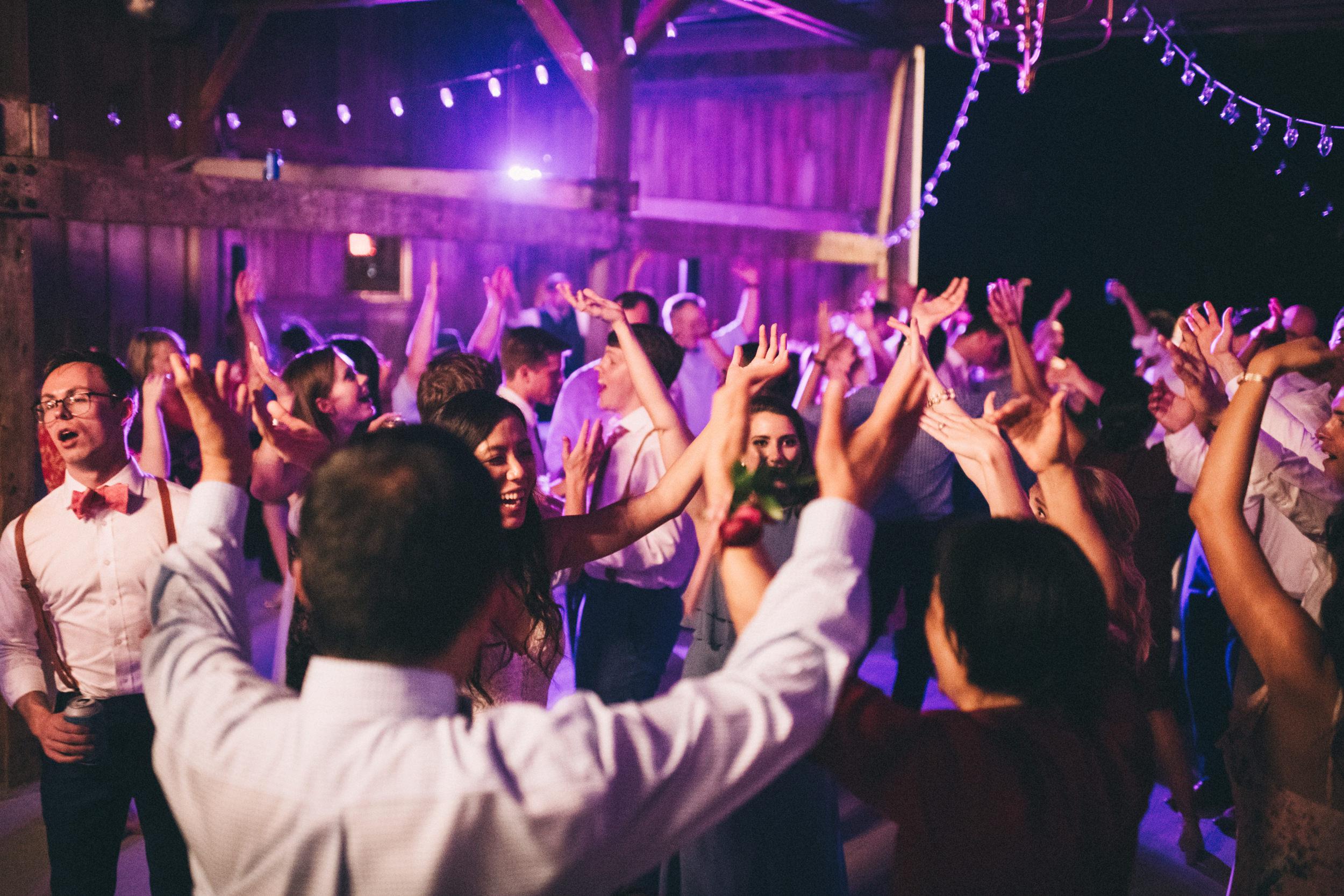 Louisville-Kentucky-Wedding-and-Elopement-Photographer-Sarah-Katherine-Davis-Photography-Summer-Jewel-Toned-Wedding-Chineese-Tea-Ceremony-Warrenwood-Manor-Danville-1092.jpg
