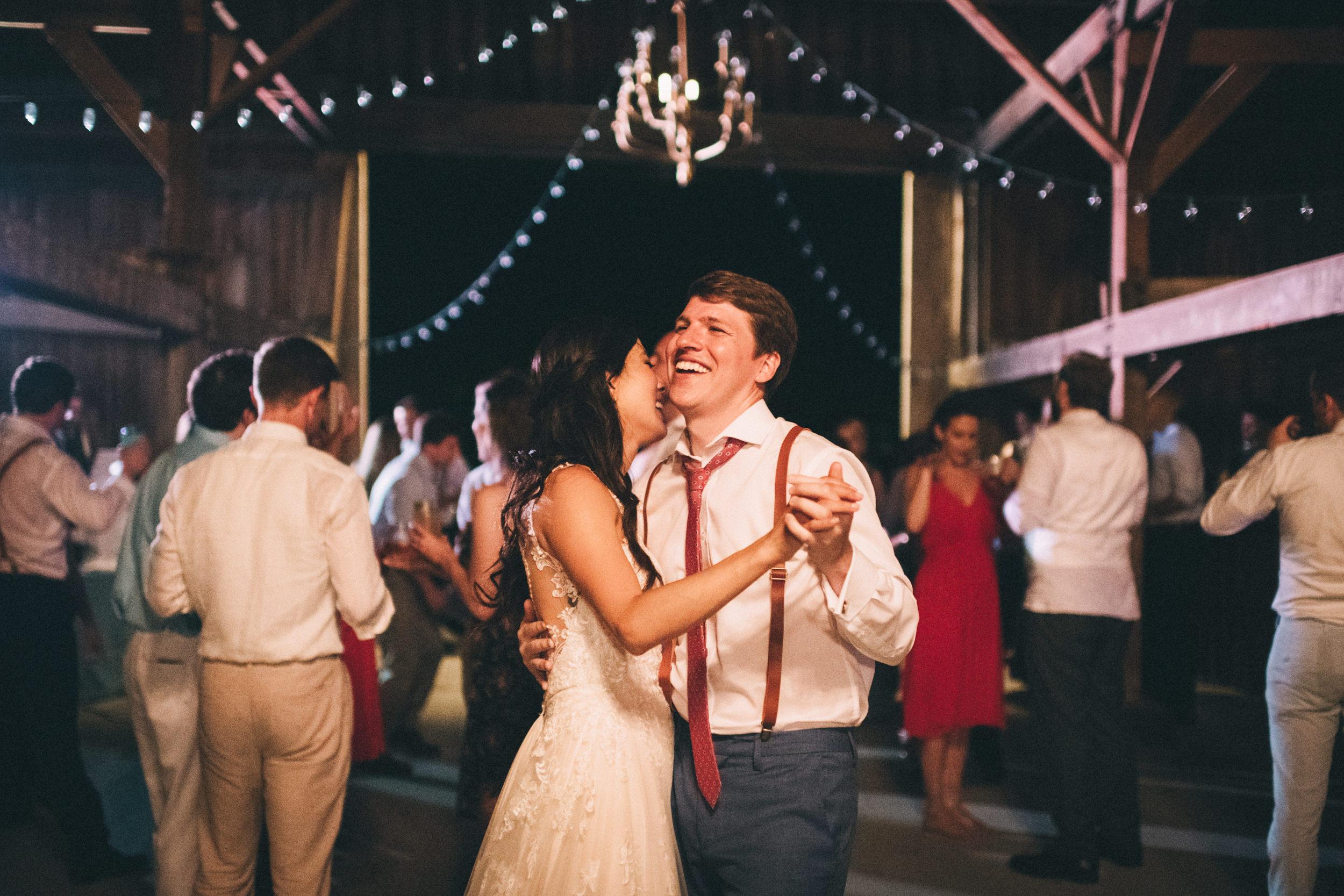 Louisville-Kentucky-Wedding-and-Elopement-Photographer-Sarah-Katherine-Davis-Photography-Summer-Jewel-Toned-Wedding-Chineese-Tea-Ceremony-Warrenwood-Manor-Danville-1105.jpg